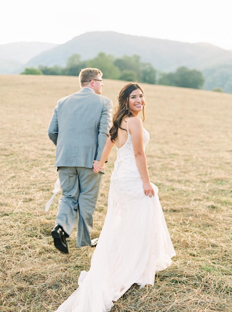 Destination_Film_Wedding_Photographer- Mountain_Weddings_0388.jpg
