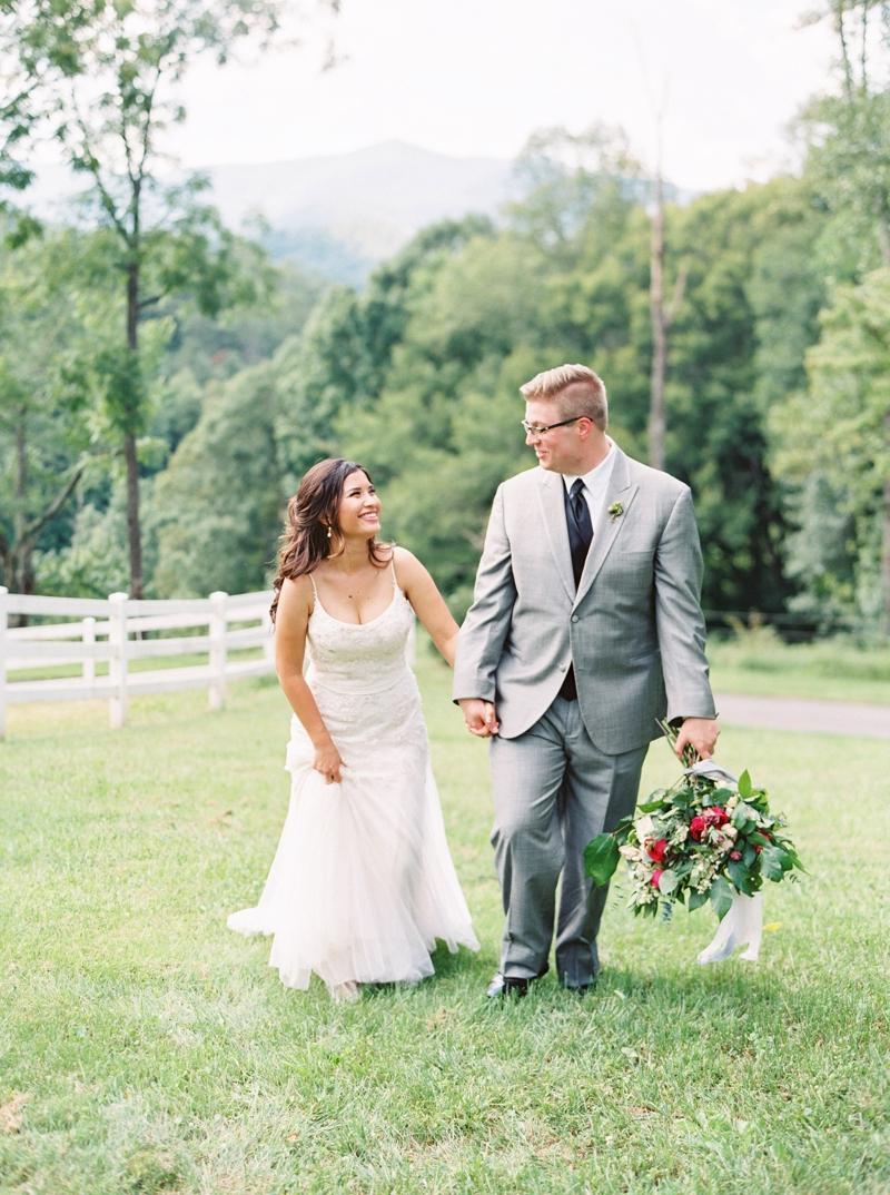 Destination_Film_Wedding_Photographer- Mountain_Weddings_0373.jpg