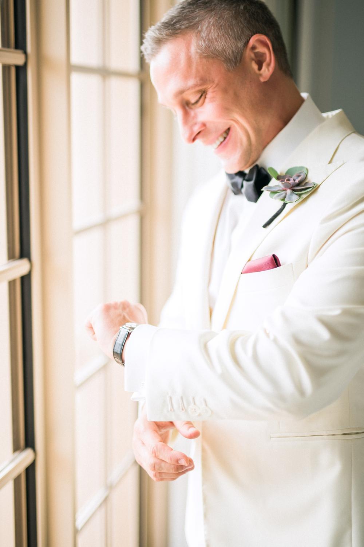 Naples_Wedding_Photograper_ Intimate_Wedding_0944.jpg
