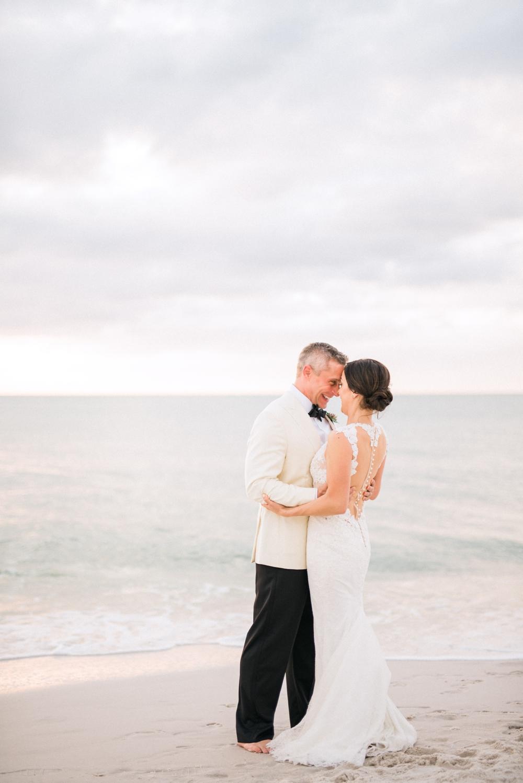 Naples_Wedding_Photograper_ Intimate_Wedding_0943.jpg