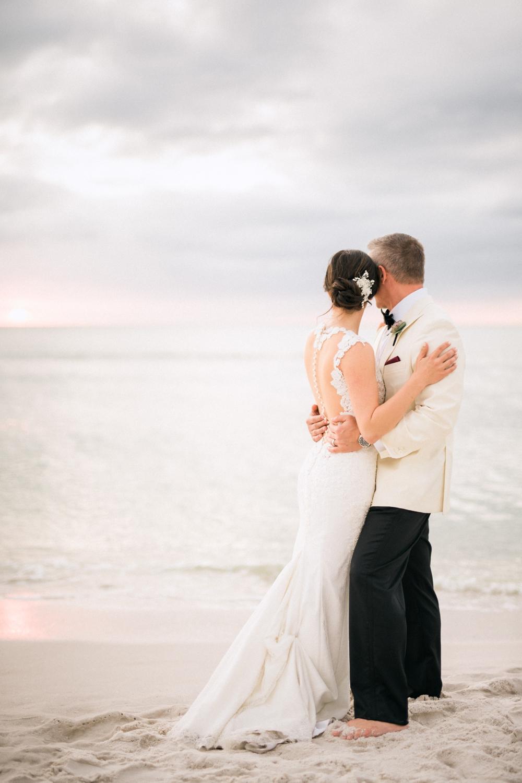 Naples_Wedding_Photograper_ Intimate_Wedding_0939.jpg