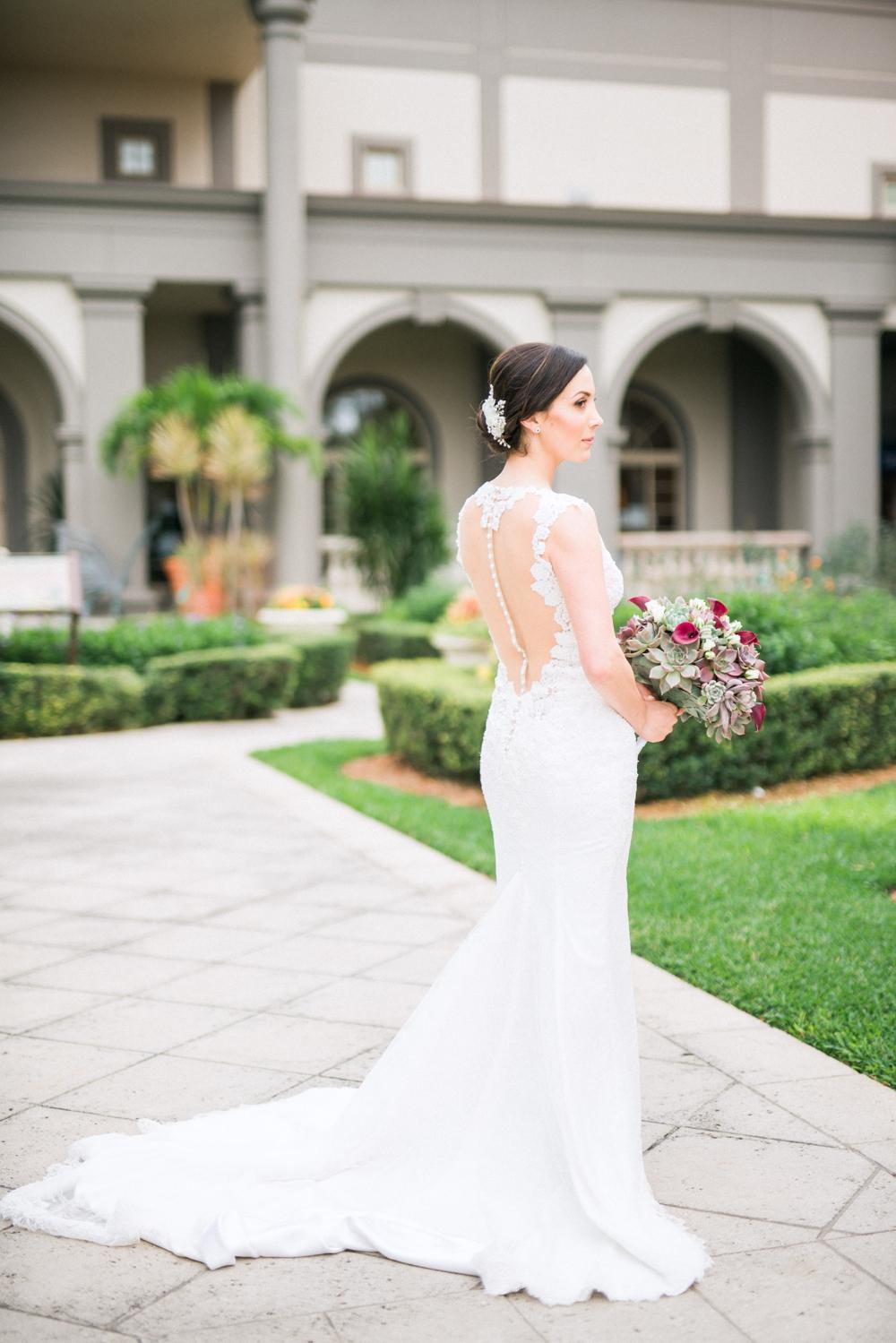 Naples_Wedding_Photograper_ Intimate_Wedding_0923.jpg