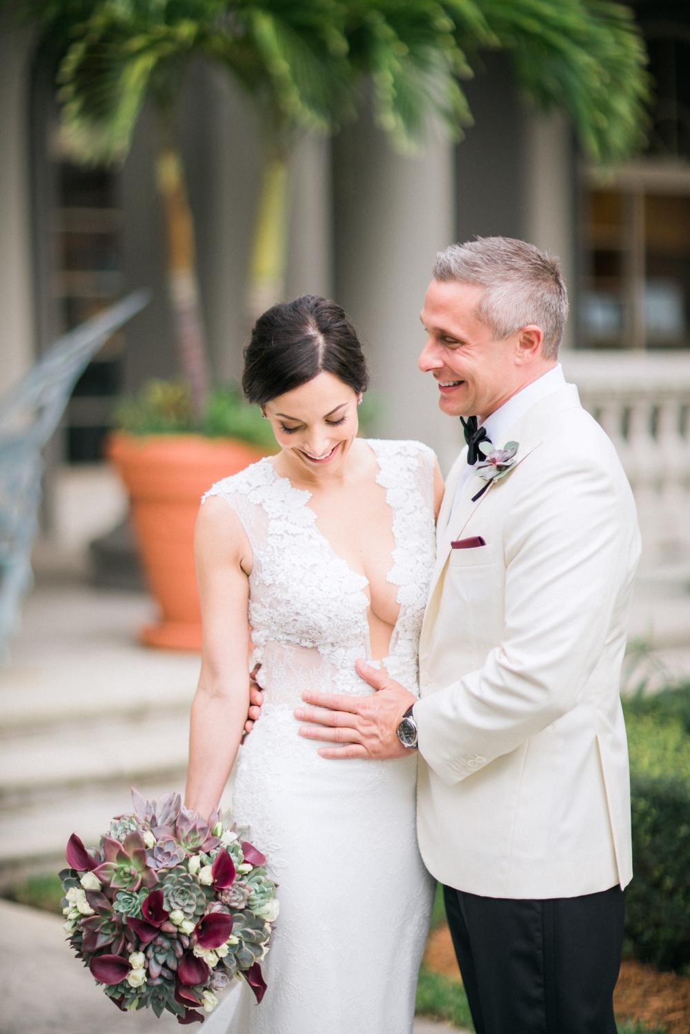 Naples_Wedding_Photograper_ Intimate_Wedding_0918.jpg