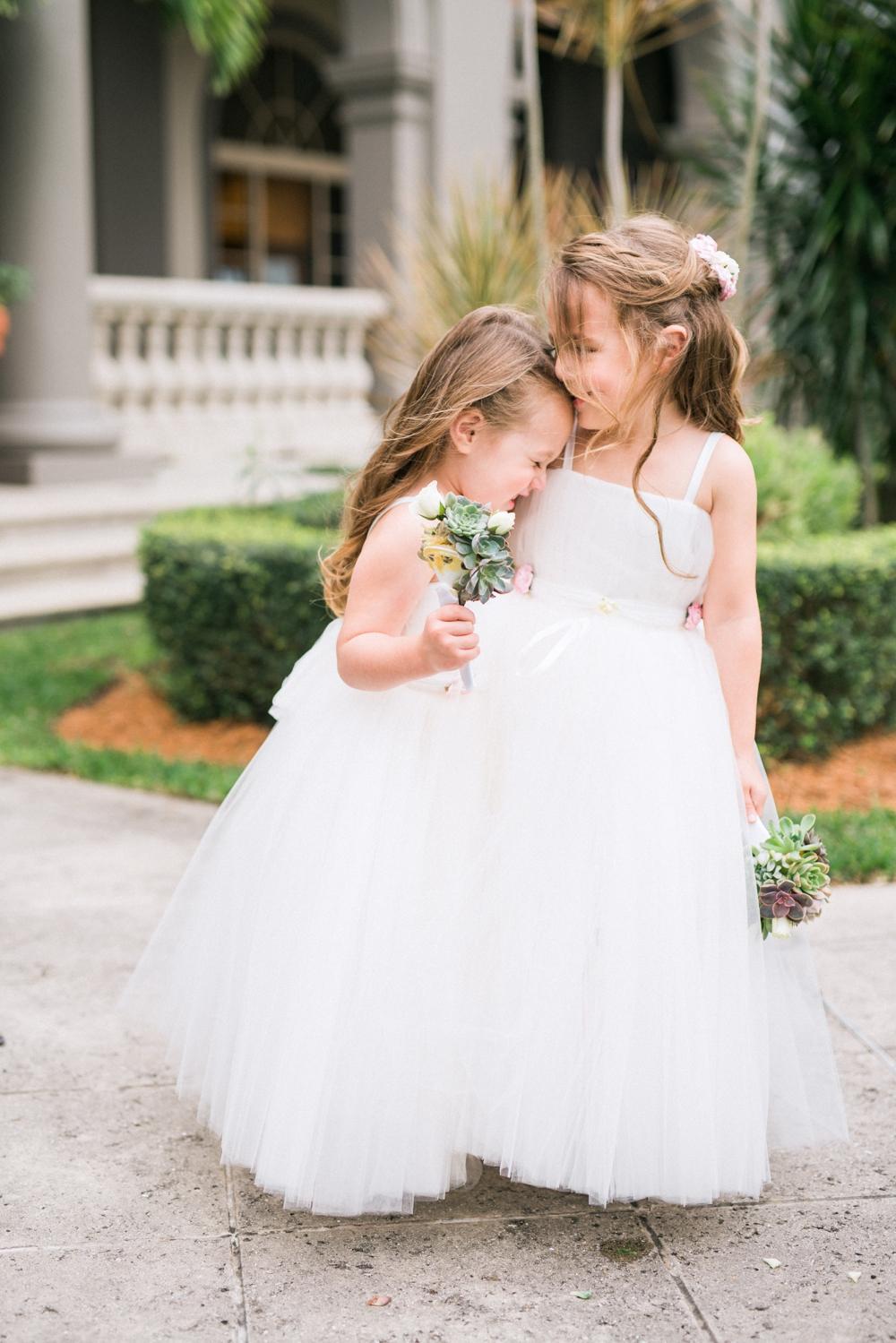 Naples_Wedding_Photograper_ Intimate_Wedding_0908.jpg