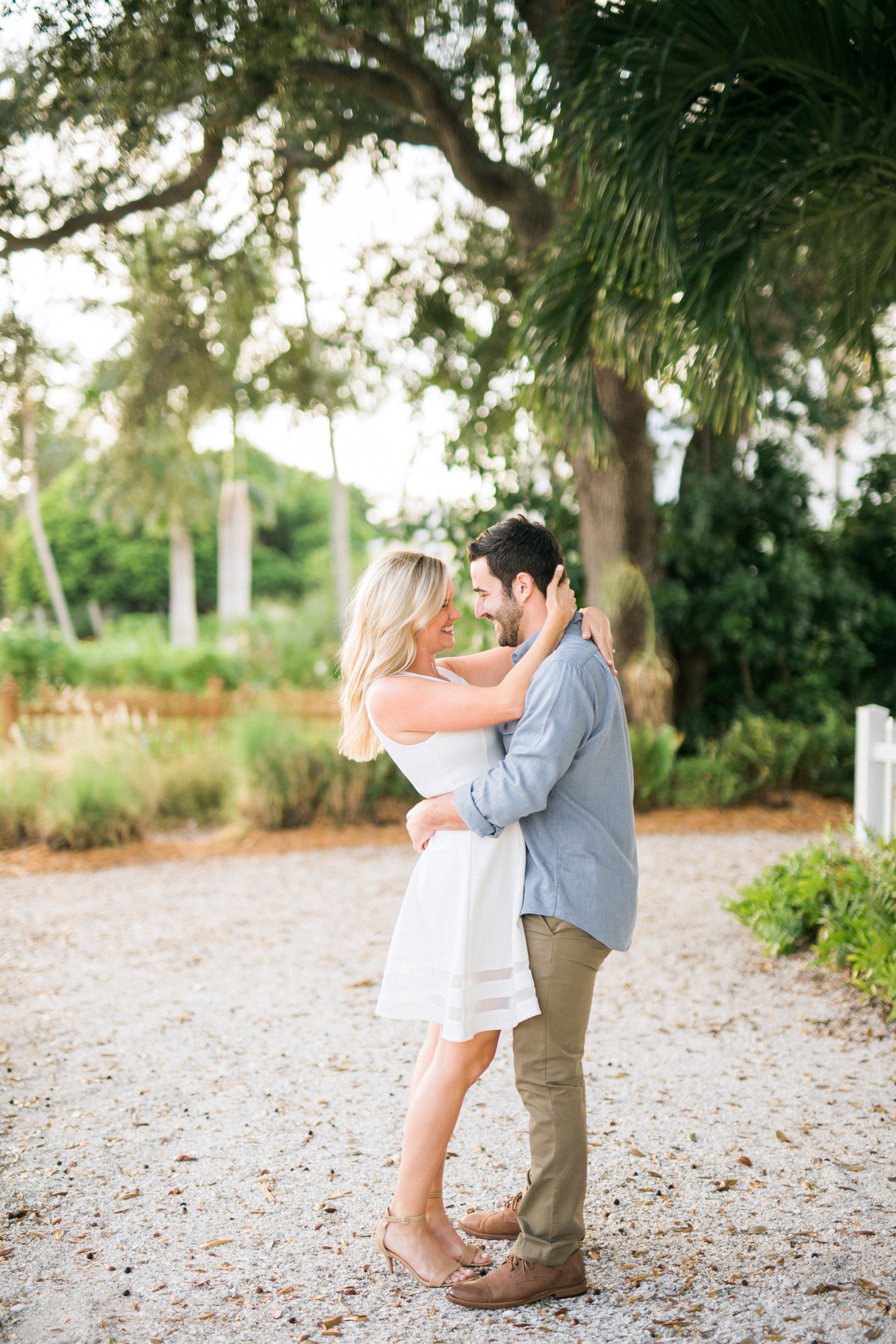 naples-florida-beach-engagement-hunter-ryan-photo-naples-weddings-02510.jpg