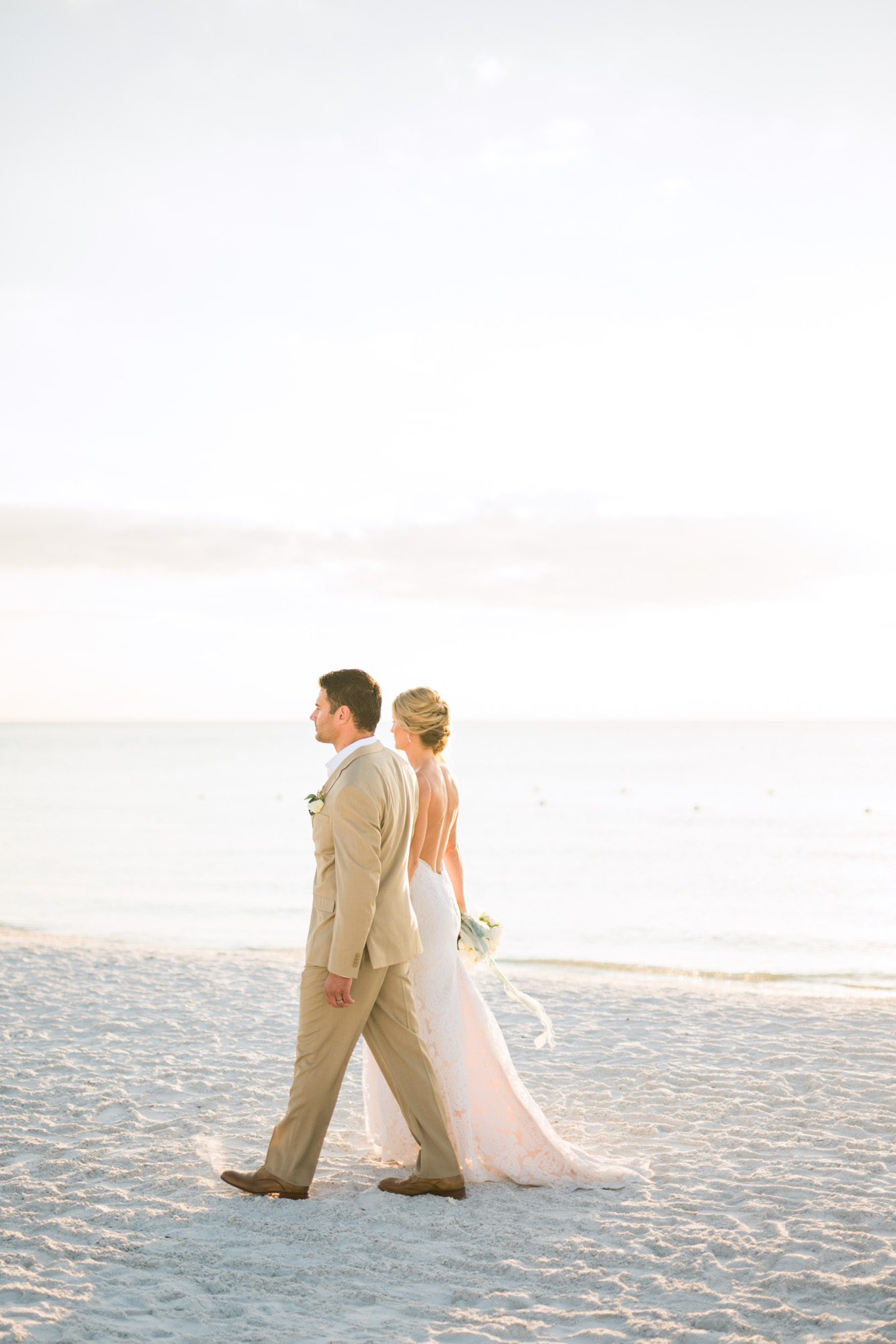 marco-beach-ocean-resort-naples-florida-wedding-photographer-hunter-ryan-photo-05928.jpg
