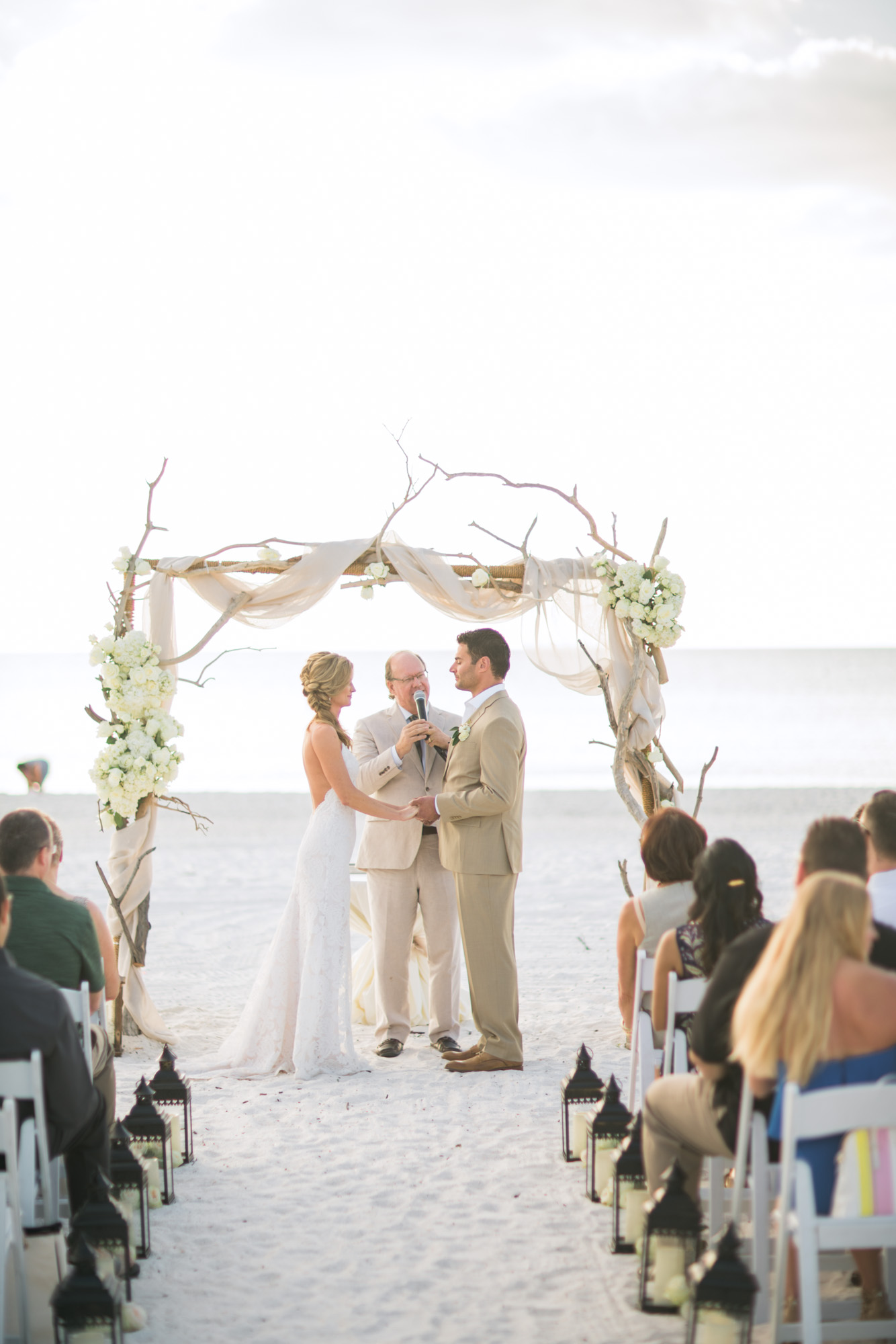 marco-beach-ocean-resort-naples-florida-wedding-photographer-hunter-ryan-photo-05654.jpg
