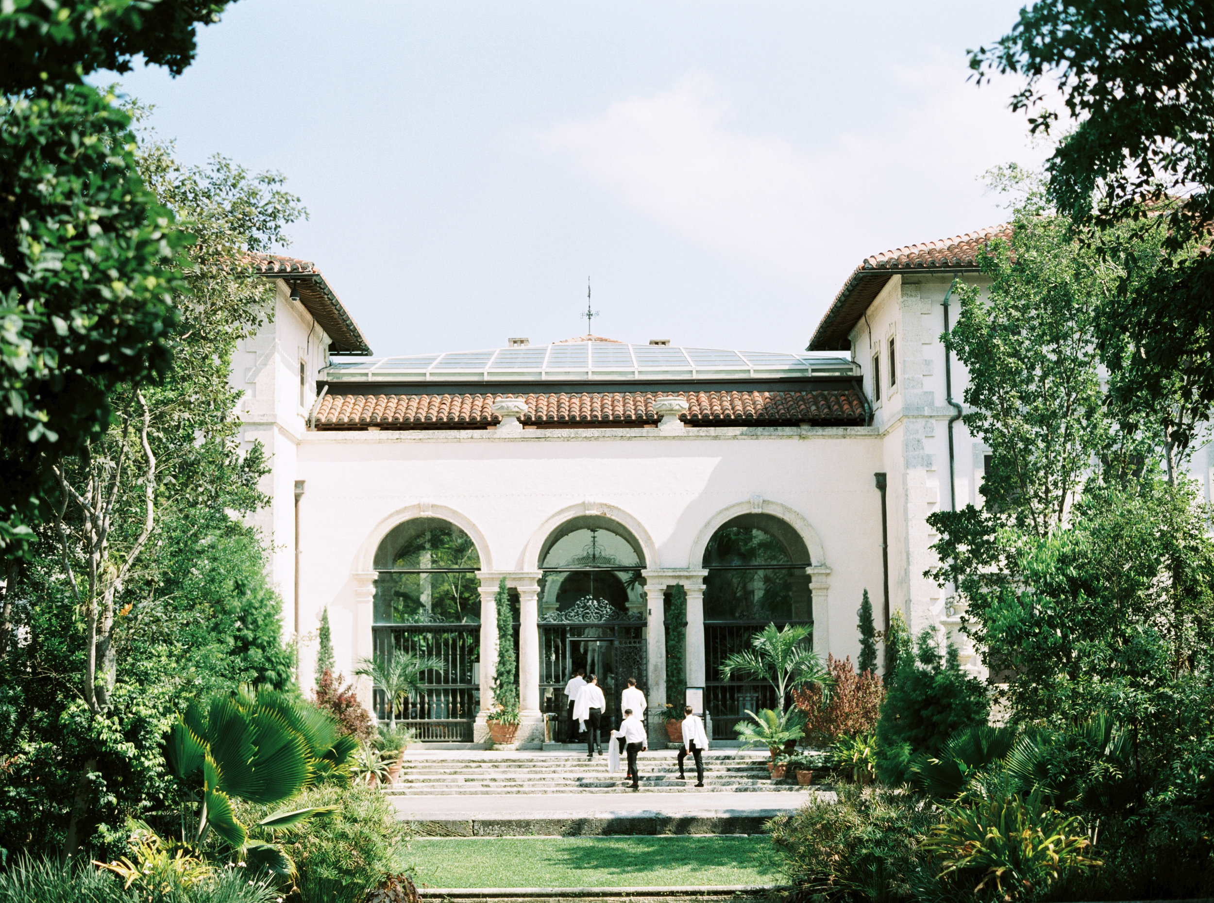 vizcaya-miami-destination-film-wedding-photographer-4427_05.jpg