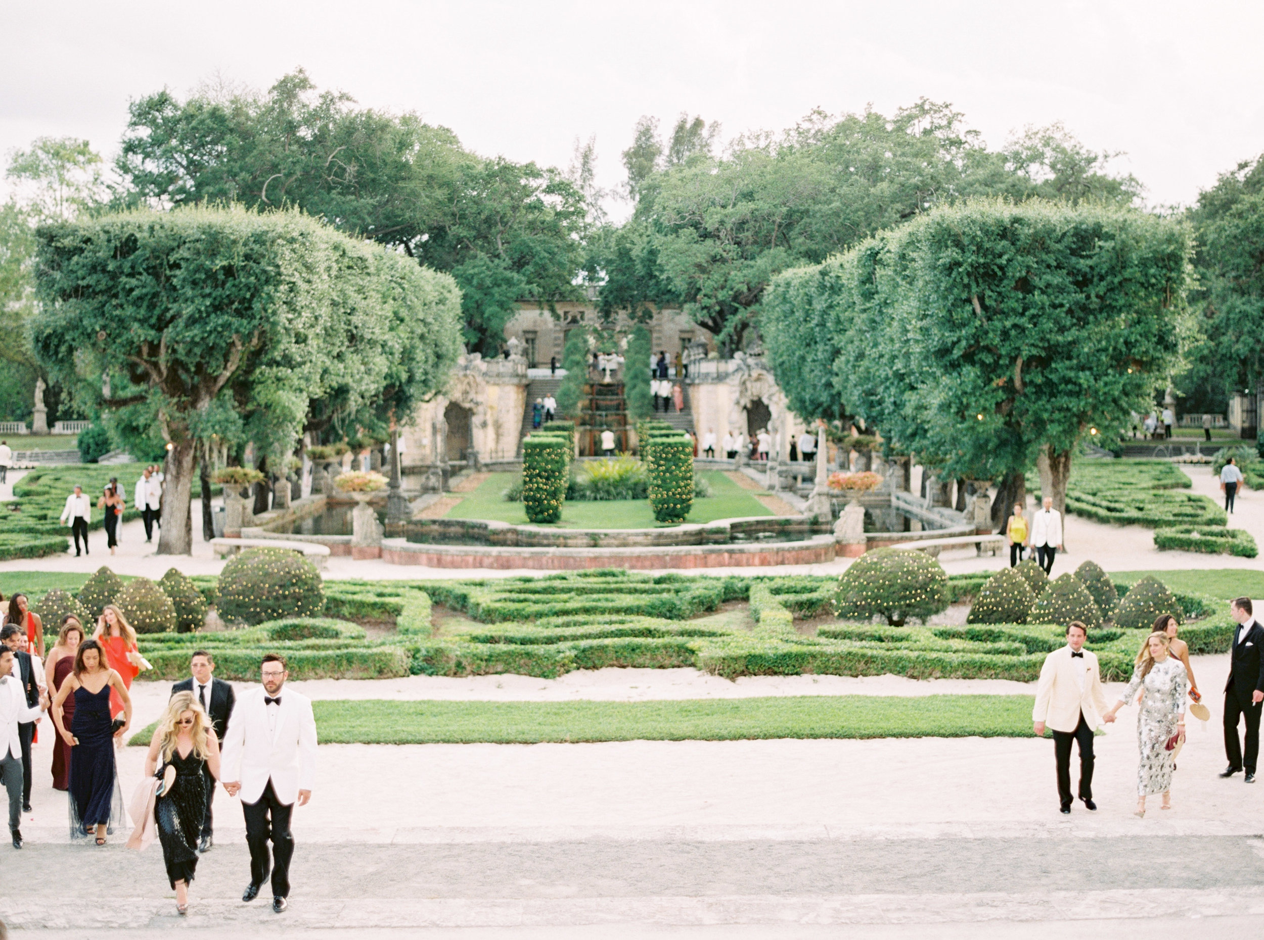 vizcaya-miami-destination-film-wedding-photographer-4444_04.jpg