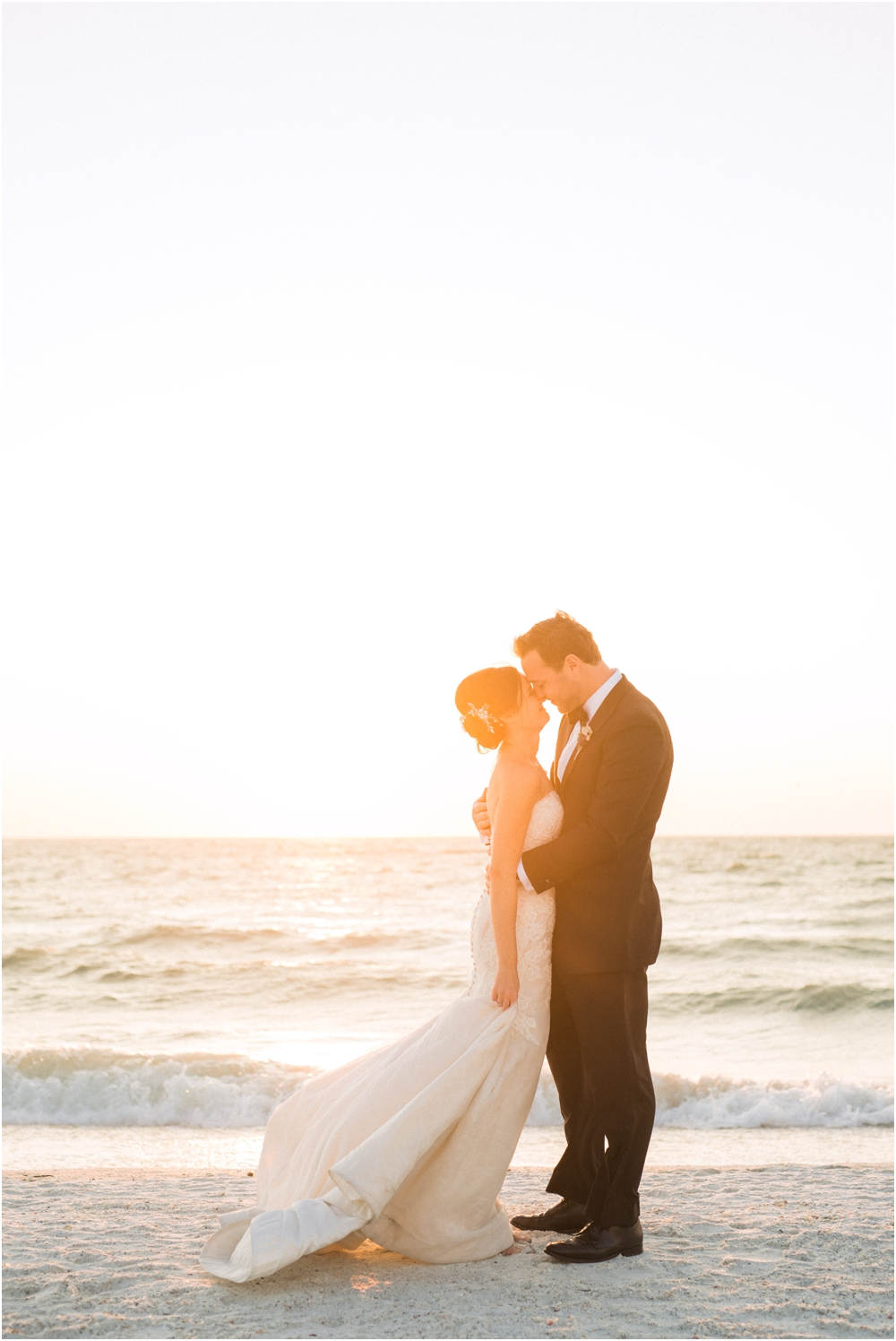 Marco_Island_Florida_Wedding_Photographer_JW_Marriott_0128.jpg