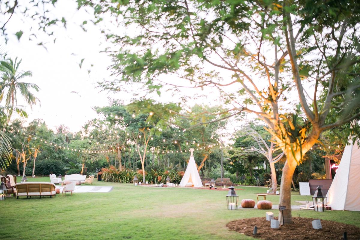 Port Royal Club-Naples Botanical Garden . Naples Wedding Photographer_0292.jpg