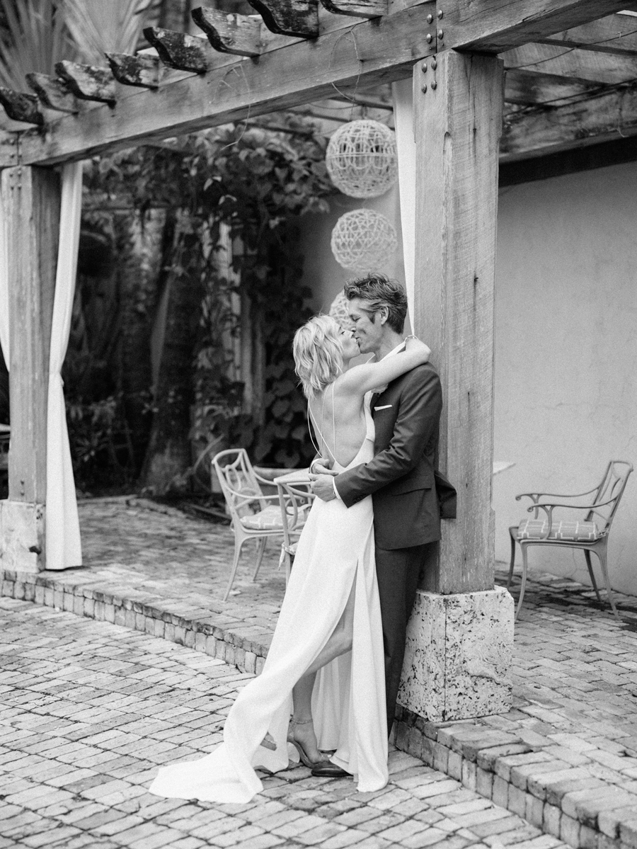 Escalante-Hotel-Wedding Photographer-Naples-FL-Destination-Wedding-Hunter-Ryan-Photo-SandJ_0429.jpg