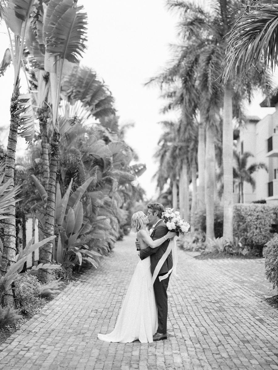 Escalante-Hotel-Wedding Photographer-Naples-FL-Destination-Wedding-Hunter-Ryan-Photo-SandJ_0435.jpg