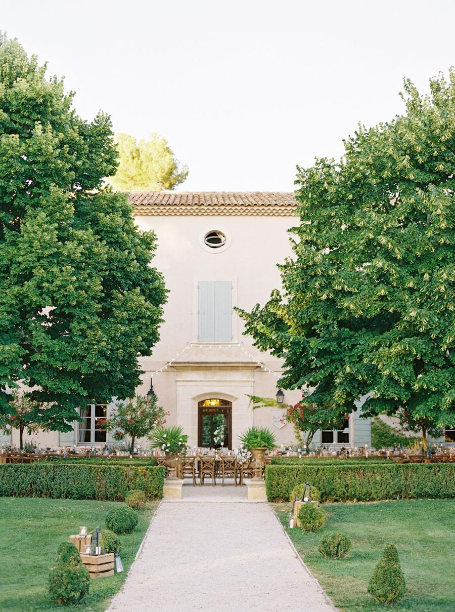 Chateau-Grimaldi-provence-france-destination-wedding-hunter-ryan-photo-sanda_0534.jpg