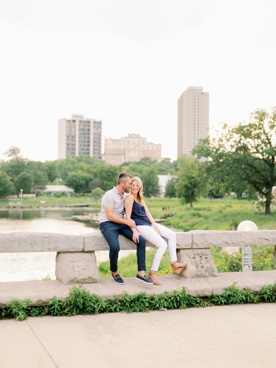 lincoln-park-engagement-chicago-wedding-photographer-hunter-ryan-photo-jc_0728.jpg