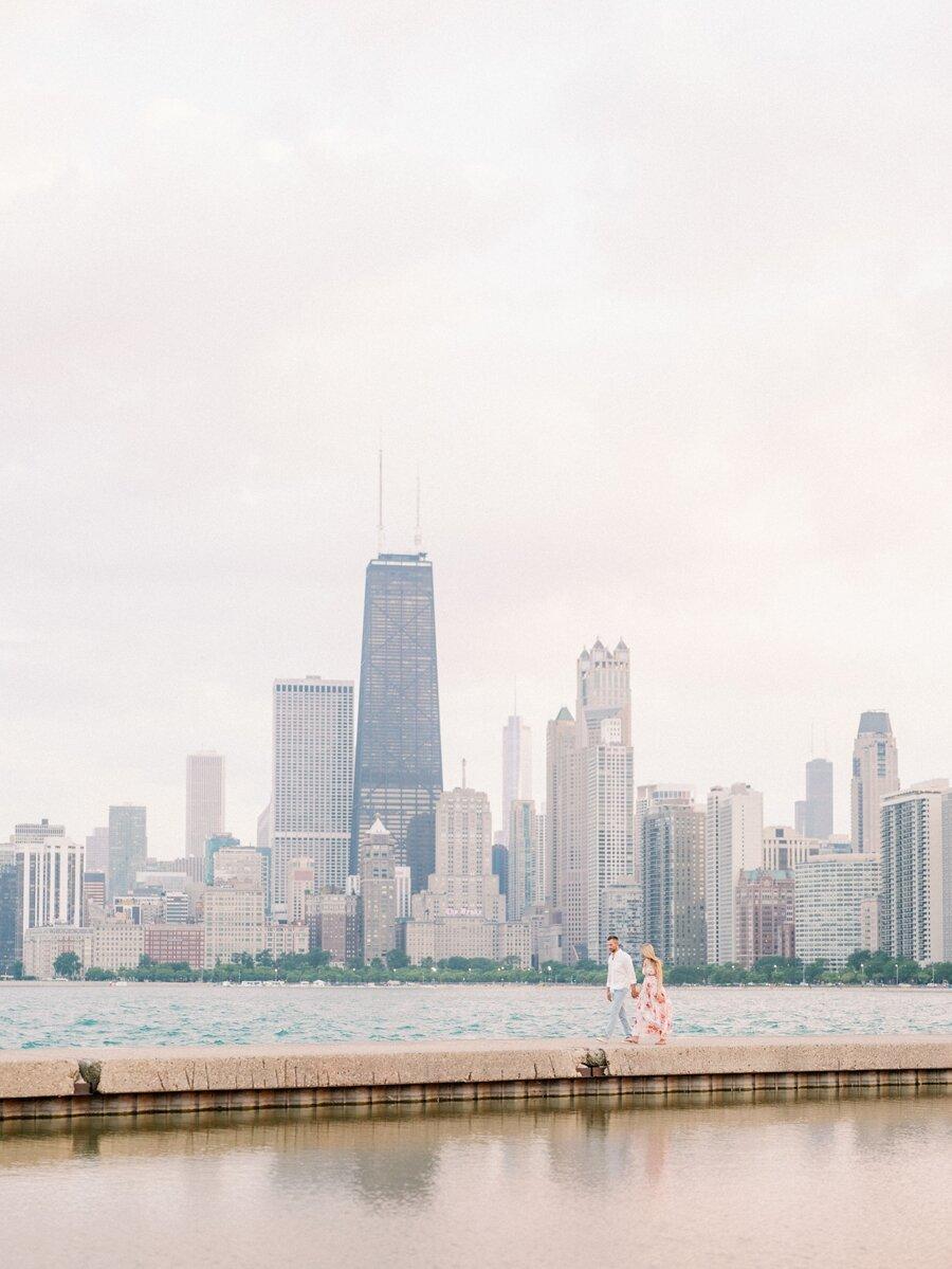 lincoln-park-engagement-chicago-wedding-photographer-hunter-ryan-photo-jc_0734.jpg