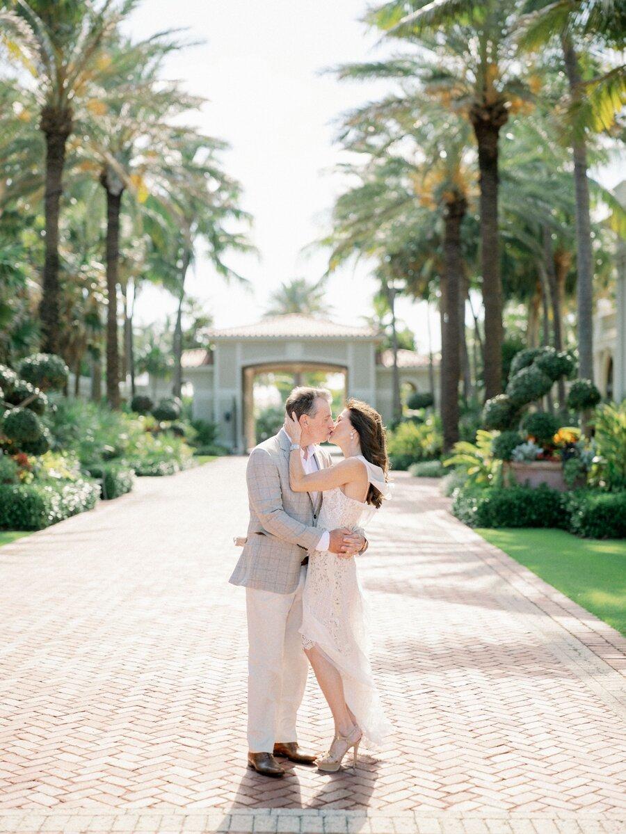 breakers-hotel-engagement-palm-beach-wedding-photographer-hunter-ryan-photo-mp_0782.jpg