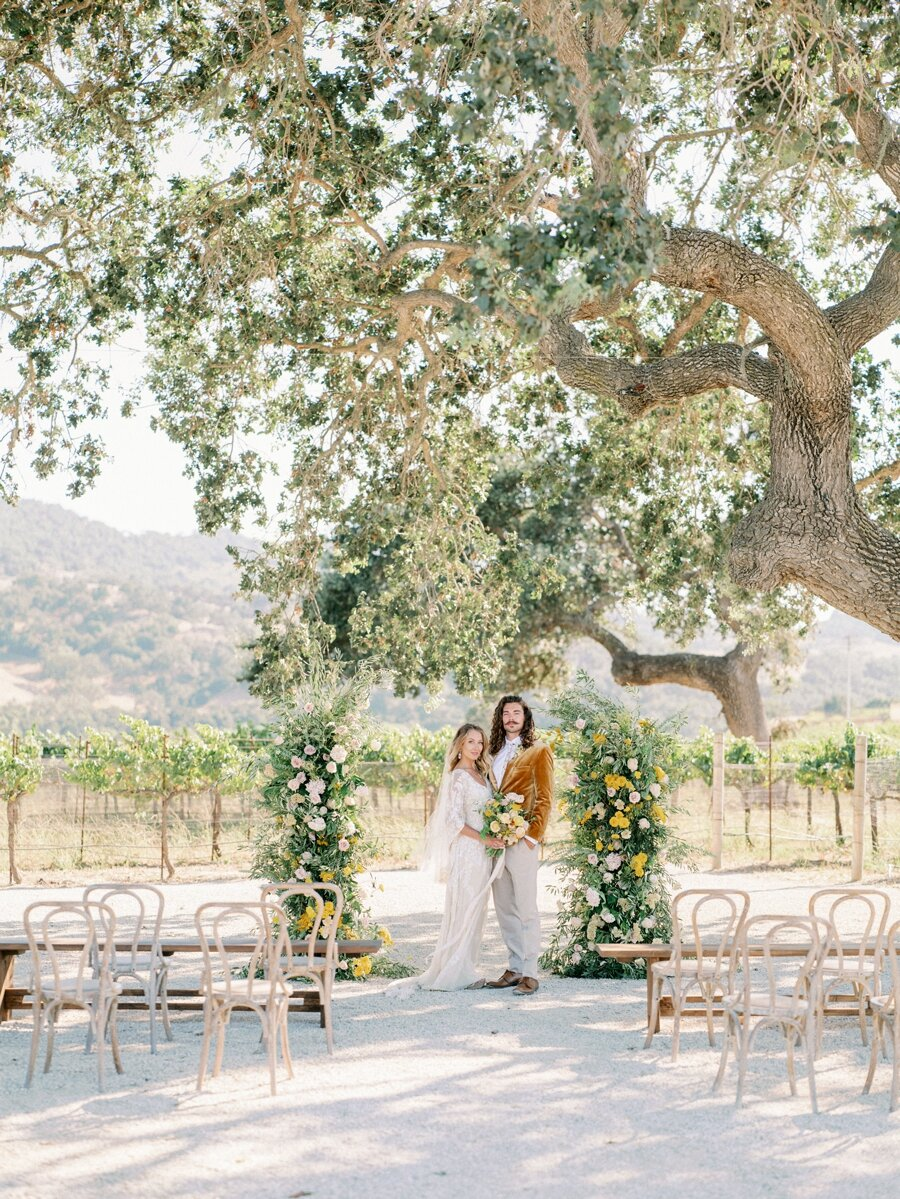 sunstone-winery-wedding-santa-ynez-wedding-photographer-hunter-ryan-photo-italian-villa_0928.jpg