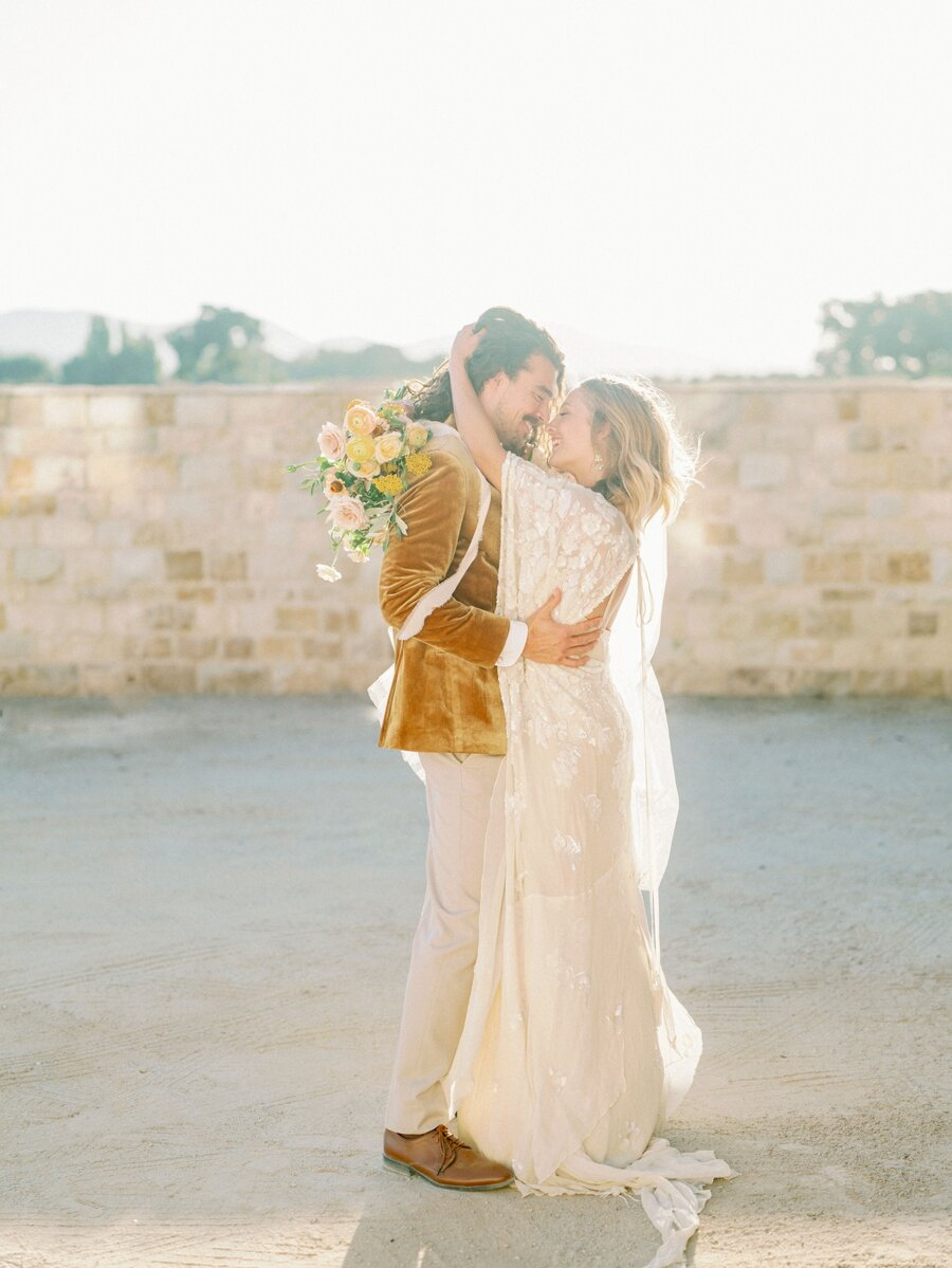 sunstone-winery-wedding-santa-ynez-wedding-photographer-hunter-ryan-photo-italian-villa_0945.jpg