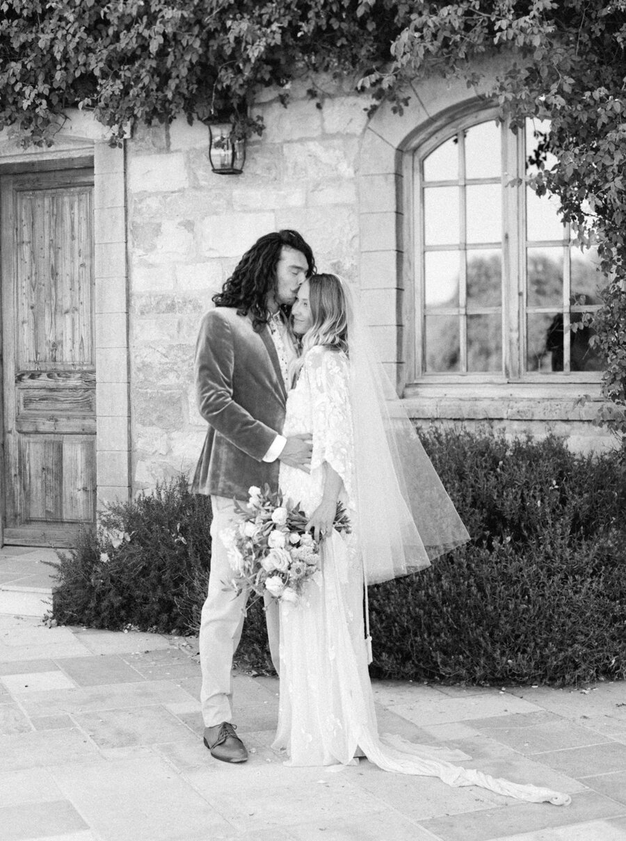 sunstone-winery-wedding-santa-ynez-wedding-photographer-hunter-ryan-photo-italian-villa_0950.jpg