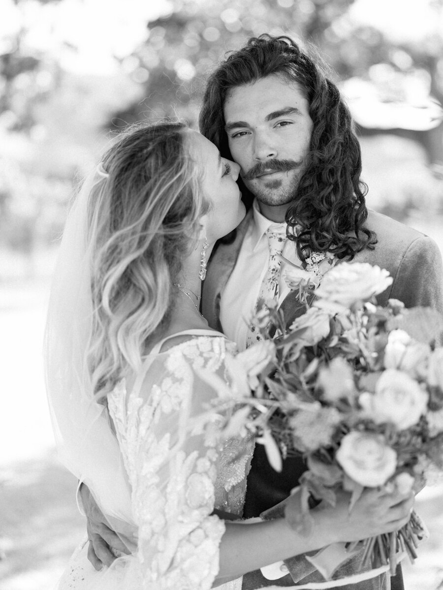 sunstone-winery-wedding-santa-ynez-wedding-photographer-hunter-ryan-photo-italian-villa_0952.jpg