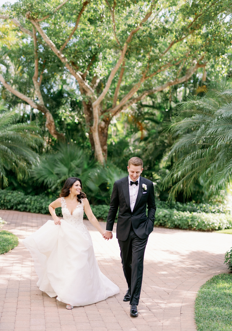 port-royal-club-wedding-naples-florida-wedding-photographer-hunter-ryan-photo-jd_1149.jpg