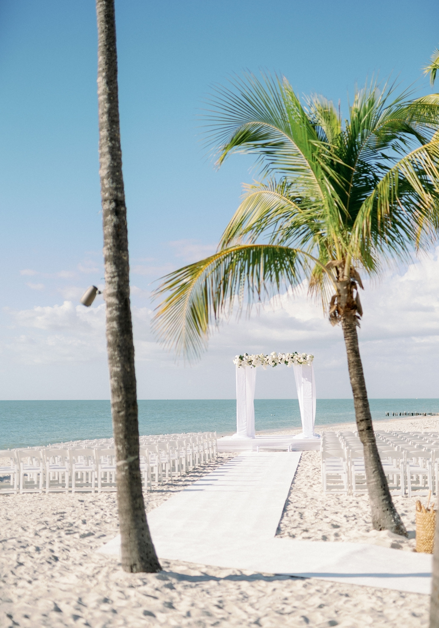 port-royal-club-wedding-naples-florida-wedding-photographer-hunter-ryan-photo-jd_1156.jpg