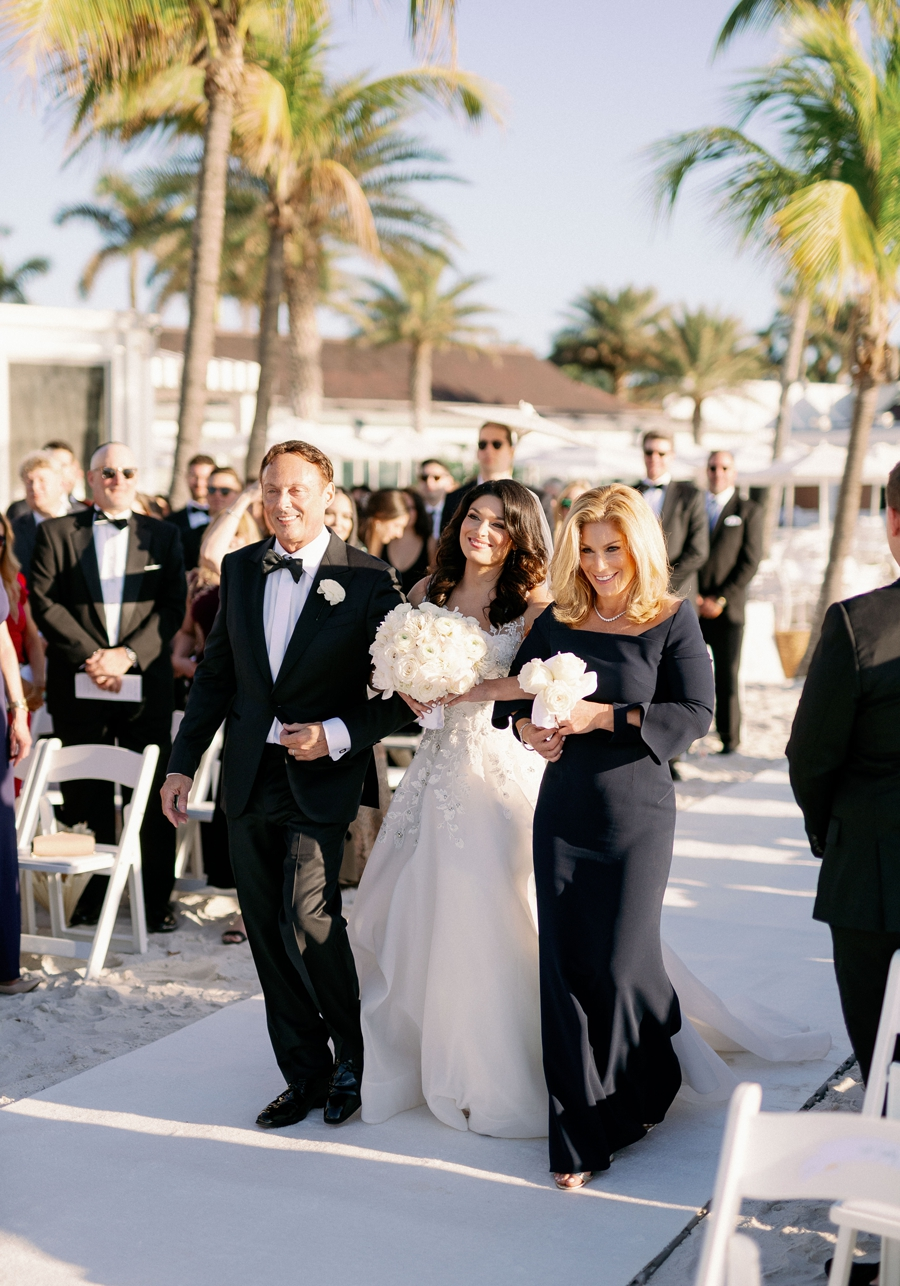 port-royal-club-wedding-naples-florida-wedding-photographer-hunter-ryan-photo-jd_1160.jpg