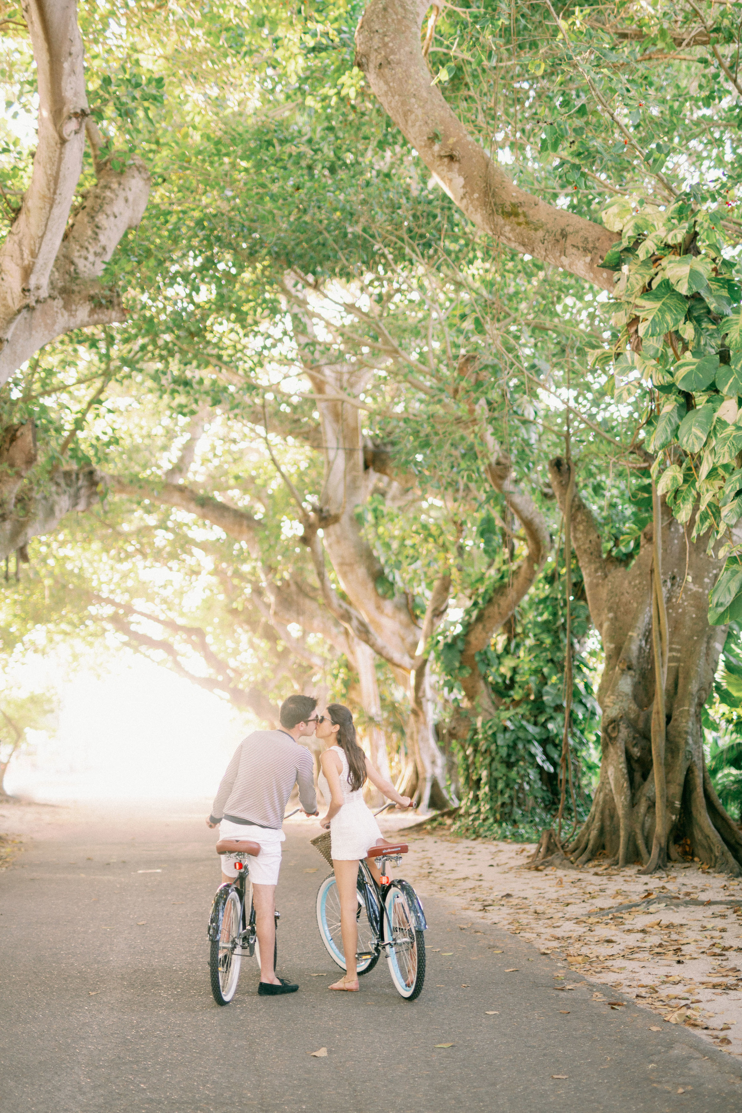 gasparilla island cute engagement session with bikes