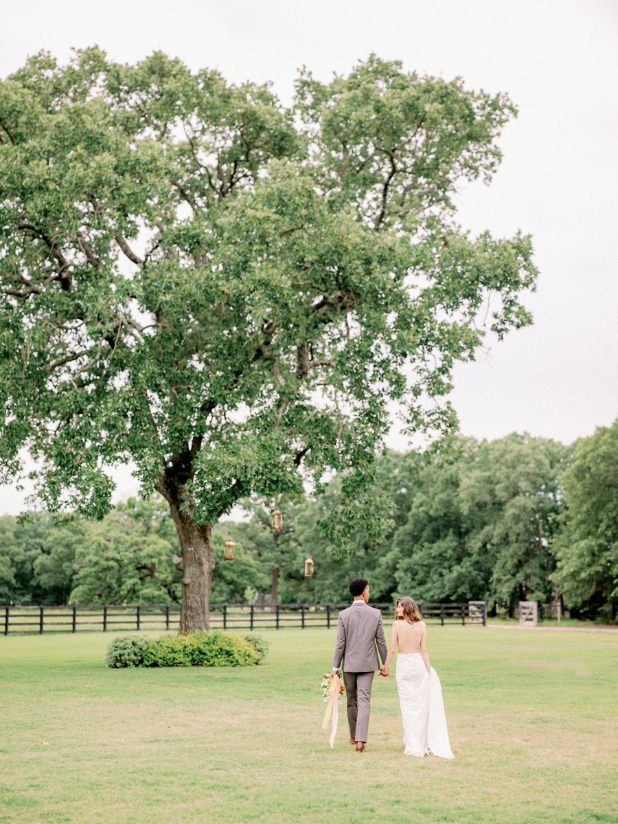 white-sparrow-barn-wedding-dallas-texas-wedding-photographer-hunter-ryan-photo_1392.jpg