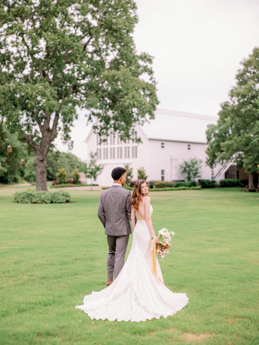 white-sparrow-barn-wedding-dallas-texas-wedding-photographer-hunter-ryan-photo_1400.jpg