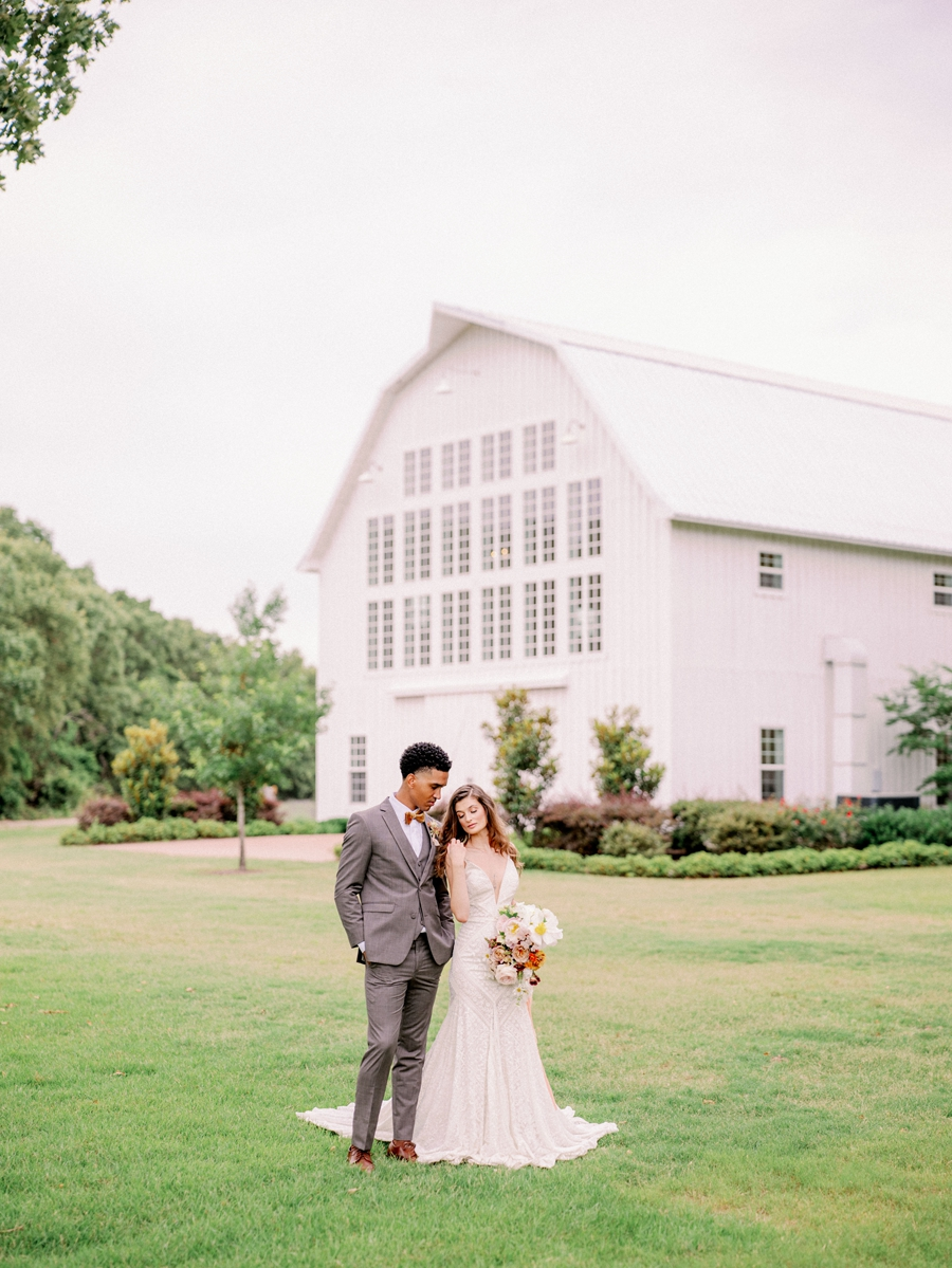 white-sparrow-barn-wedding-dallas-texas-wedding-photographer-hunter-ryan-photo_1401.jpg