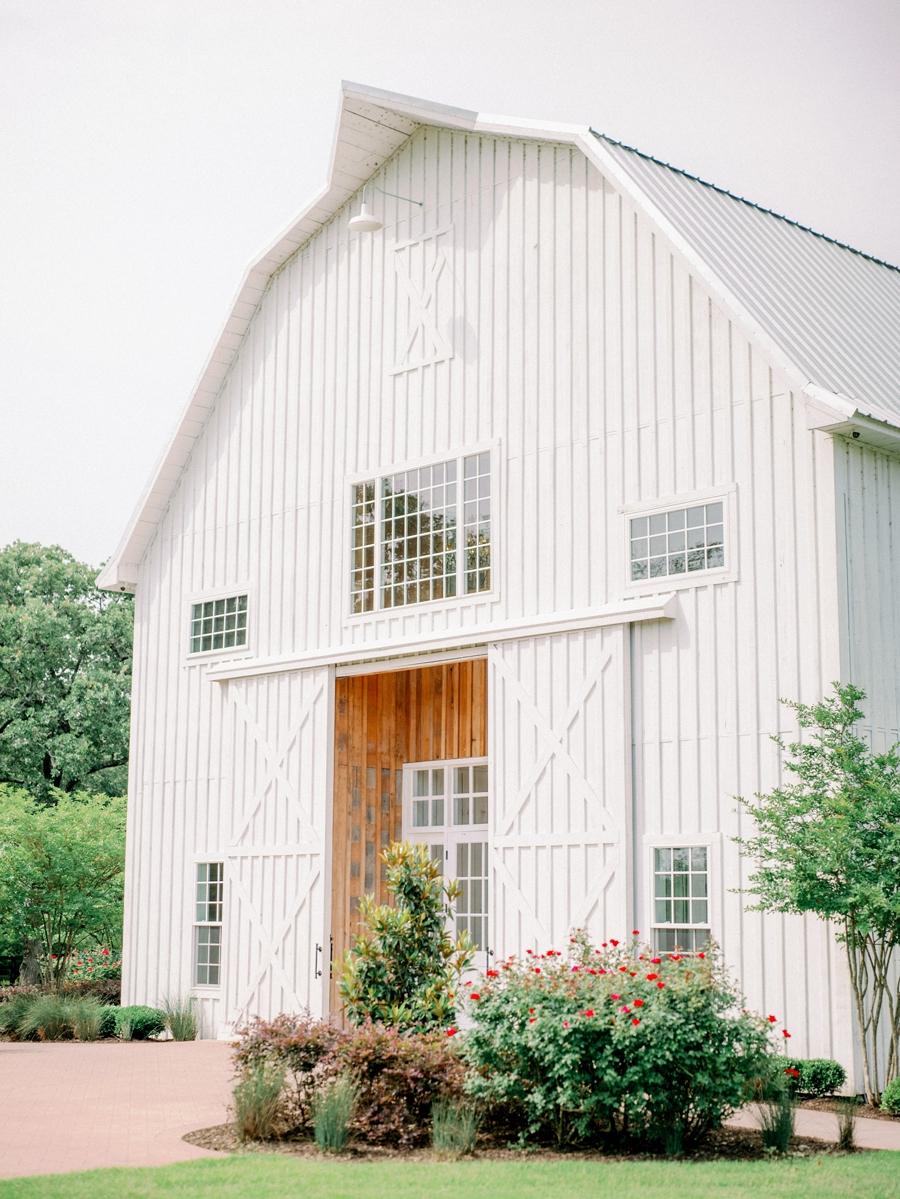 white-sparrow-barn-wedding-dallas-texas-wedding-photographer-hunter-ryan-photo_1434.jpg