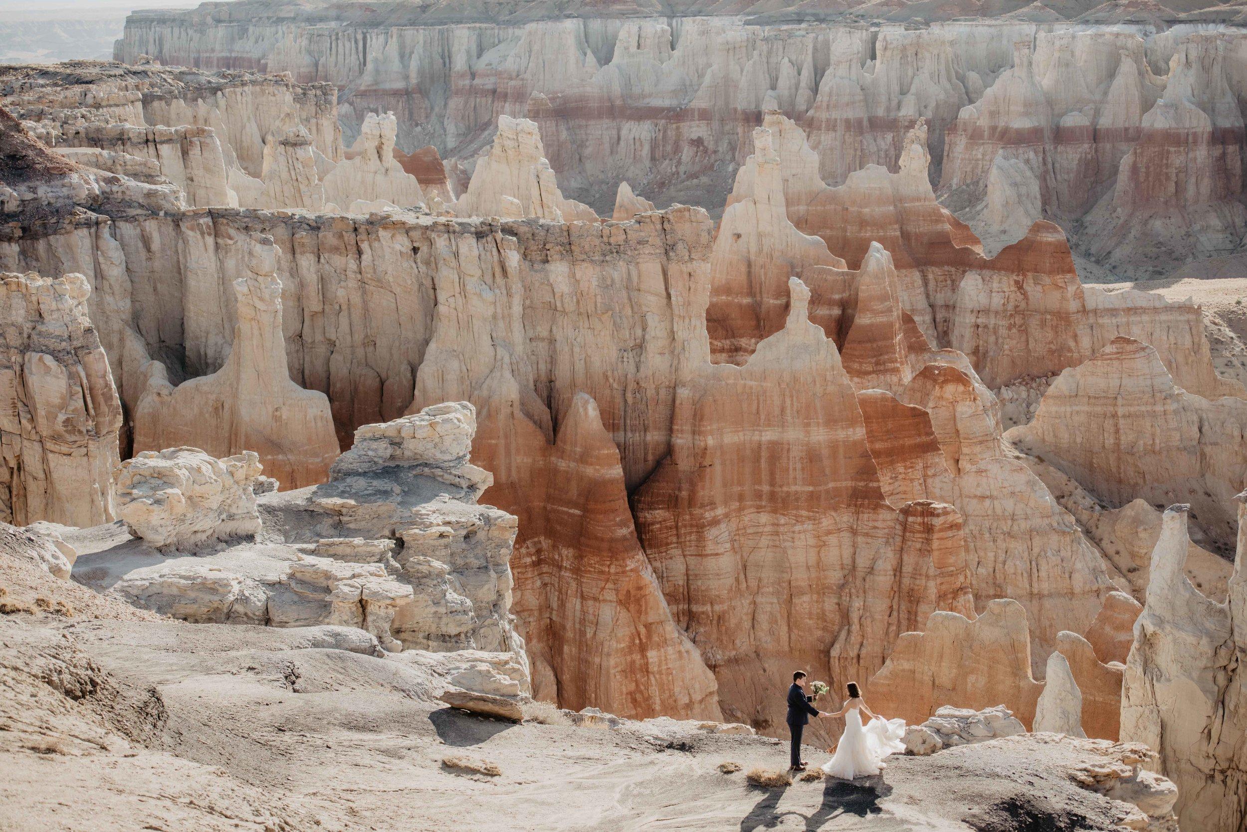 Coal Mine Canyon, Arizona - Elopement - Adventure Elopement Photographer