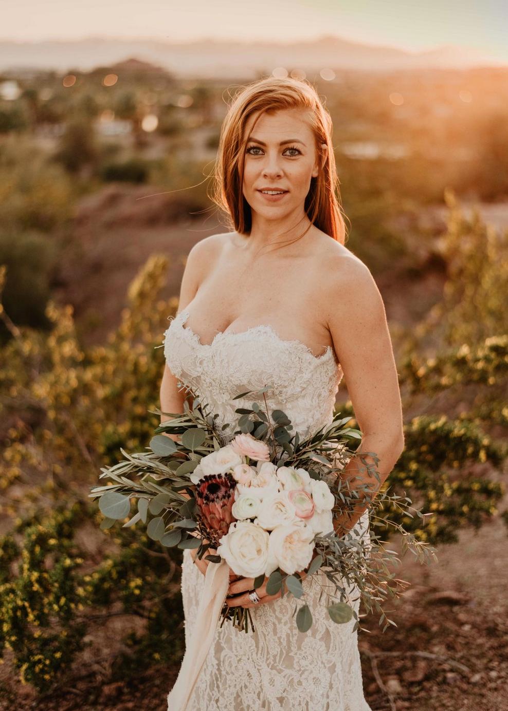 desert-elopement-wedding-dress