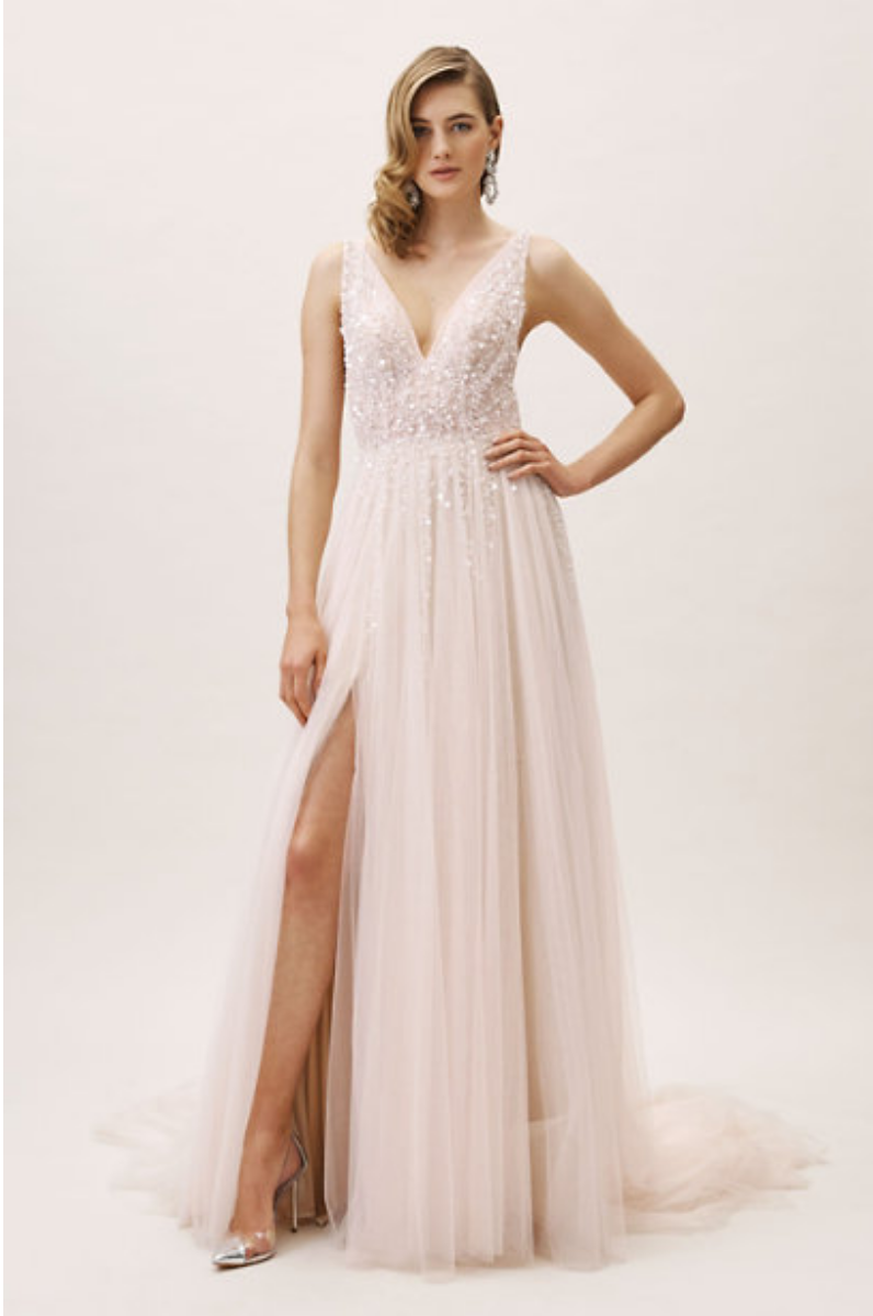 elopement-wedding-gown.png