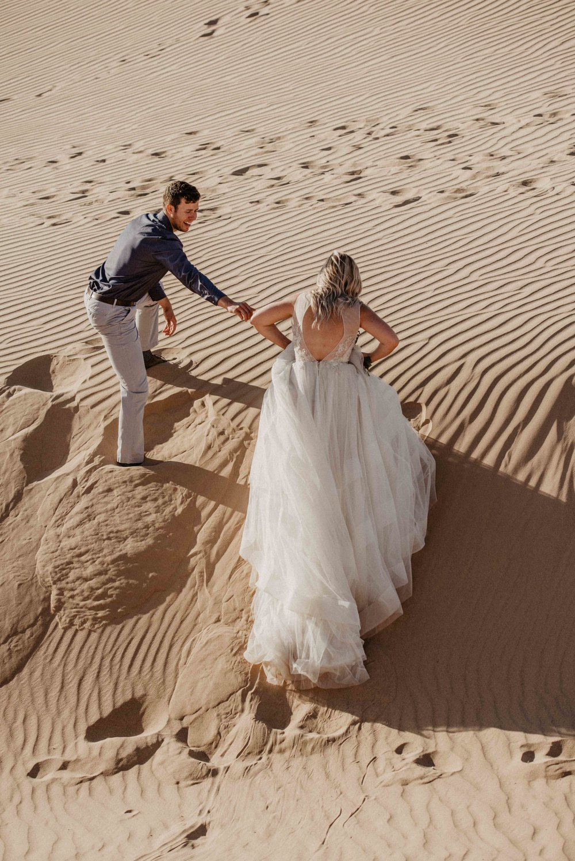best-elopement-wedding-dresses.jpg