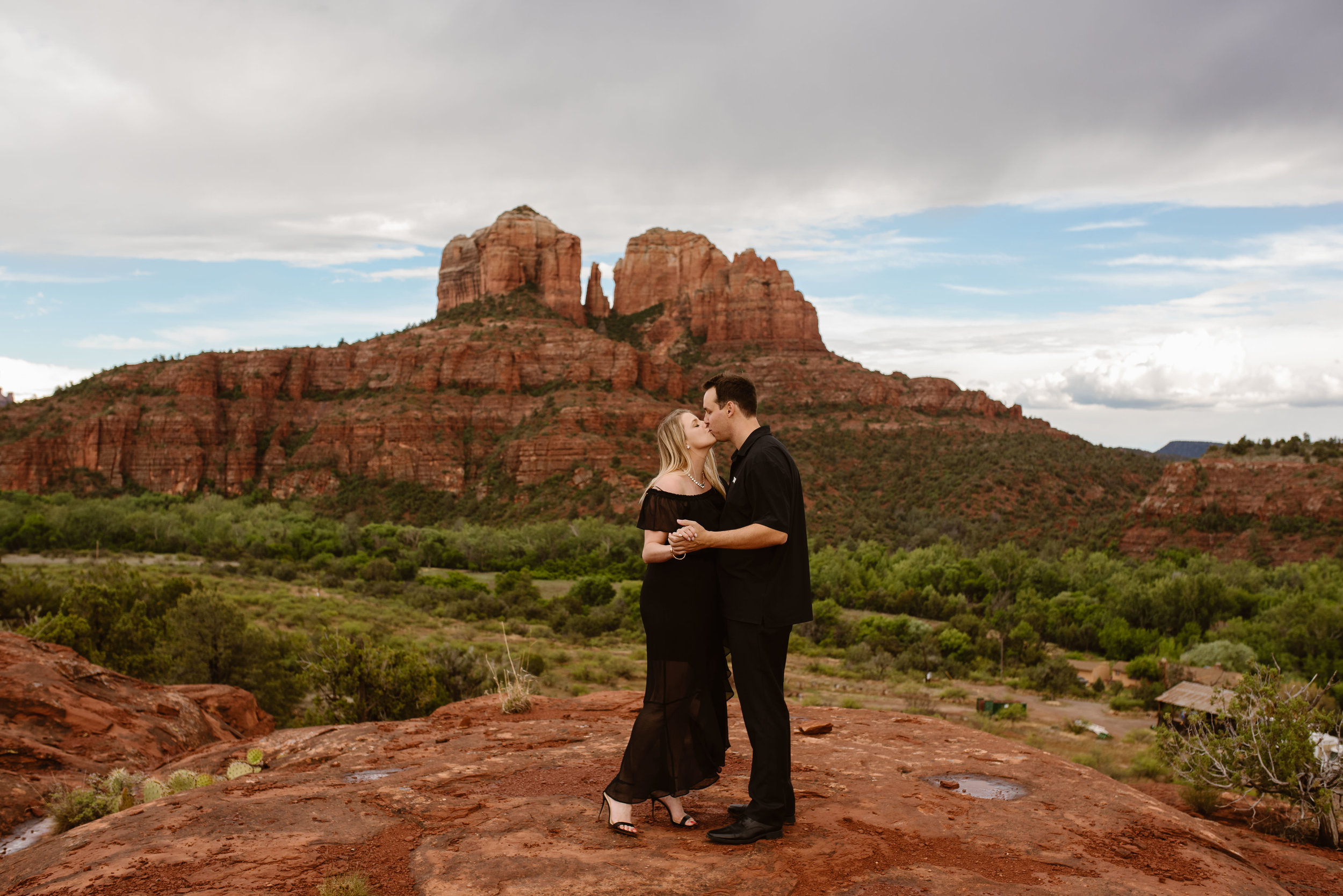 cathedral-rock-engagement-photos