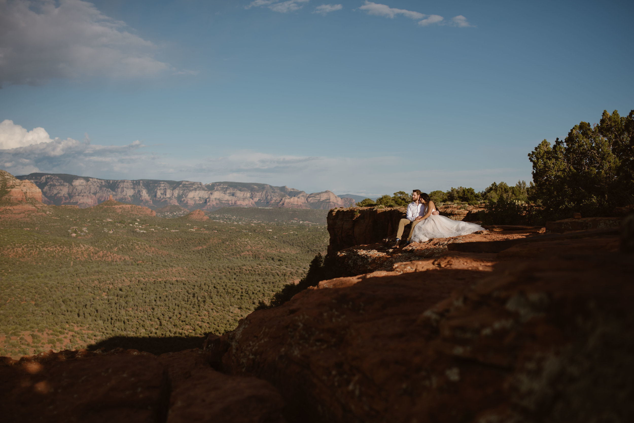 artistic-sedona-elopement-photographer