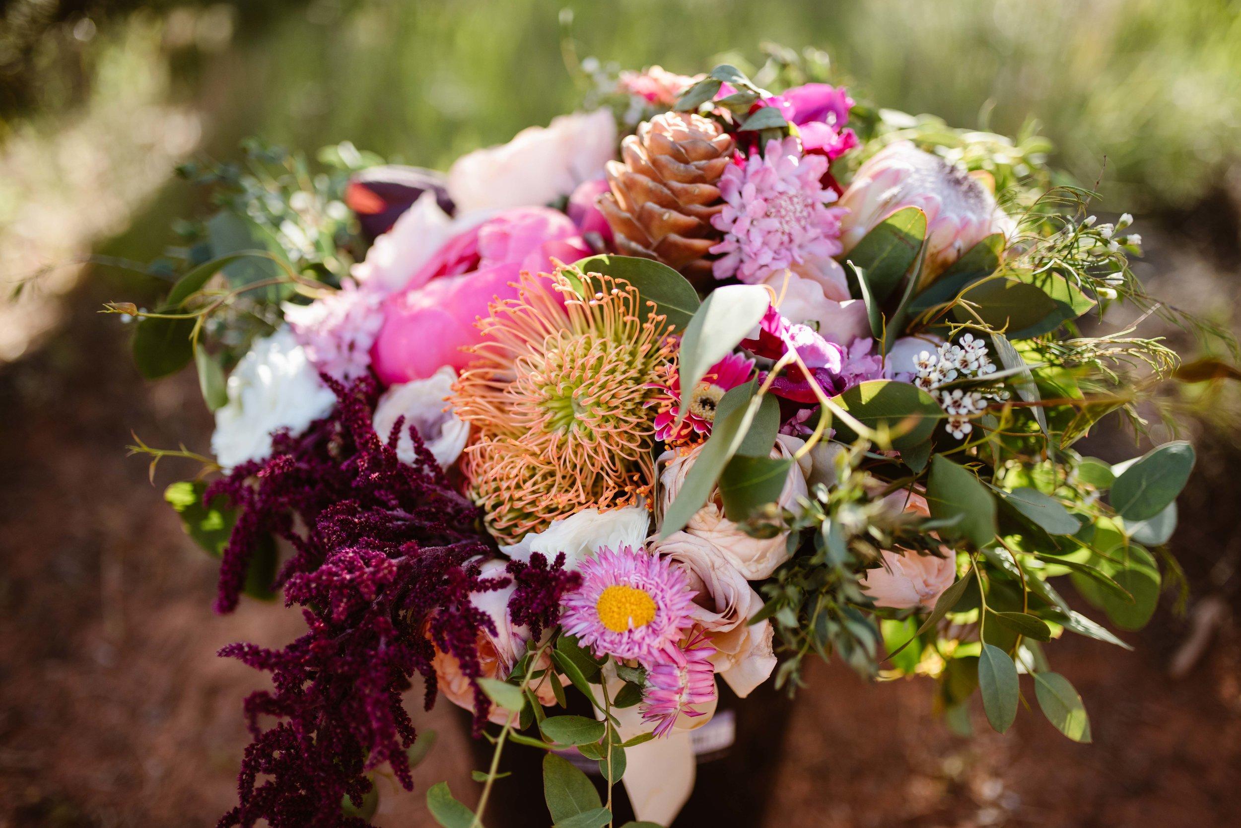 sedona-elopement-flowers