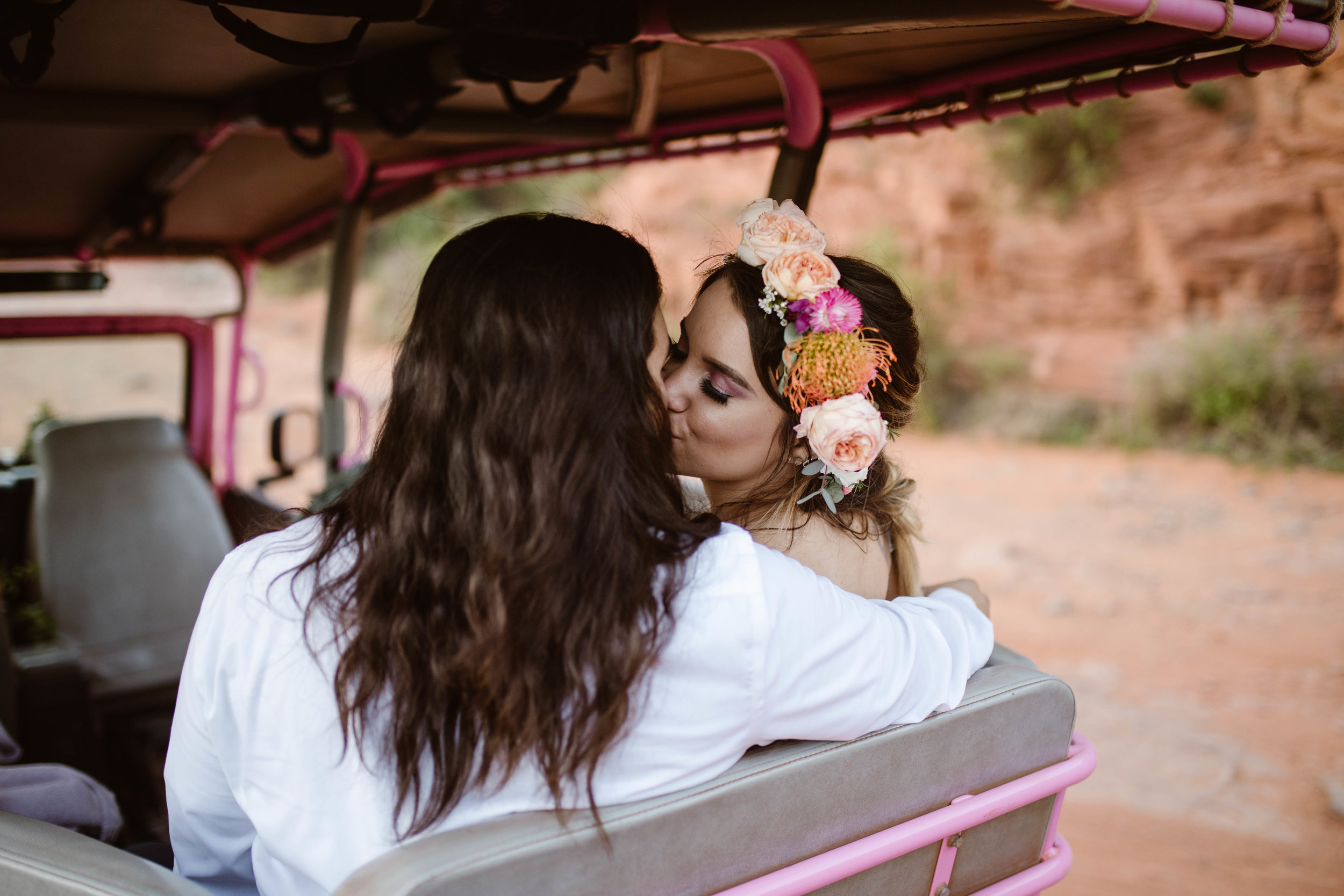 jeep-adventure-elopement-photography