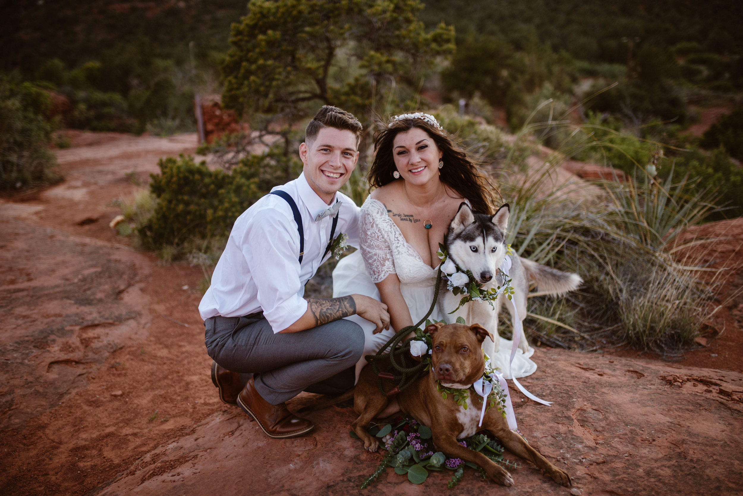 sedona-elopement-with-dogs