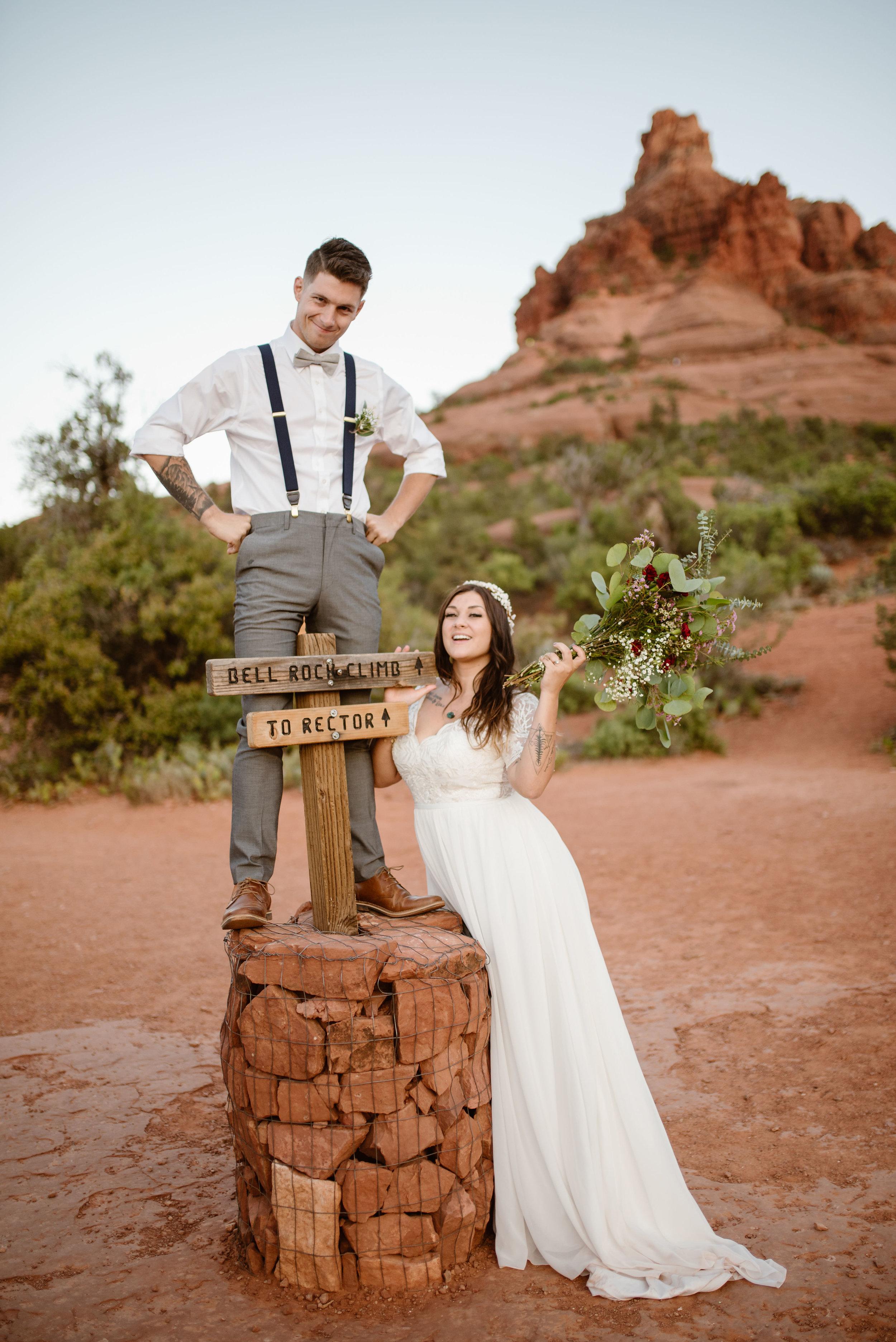 hiking-sedona-elopement-photographer