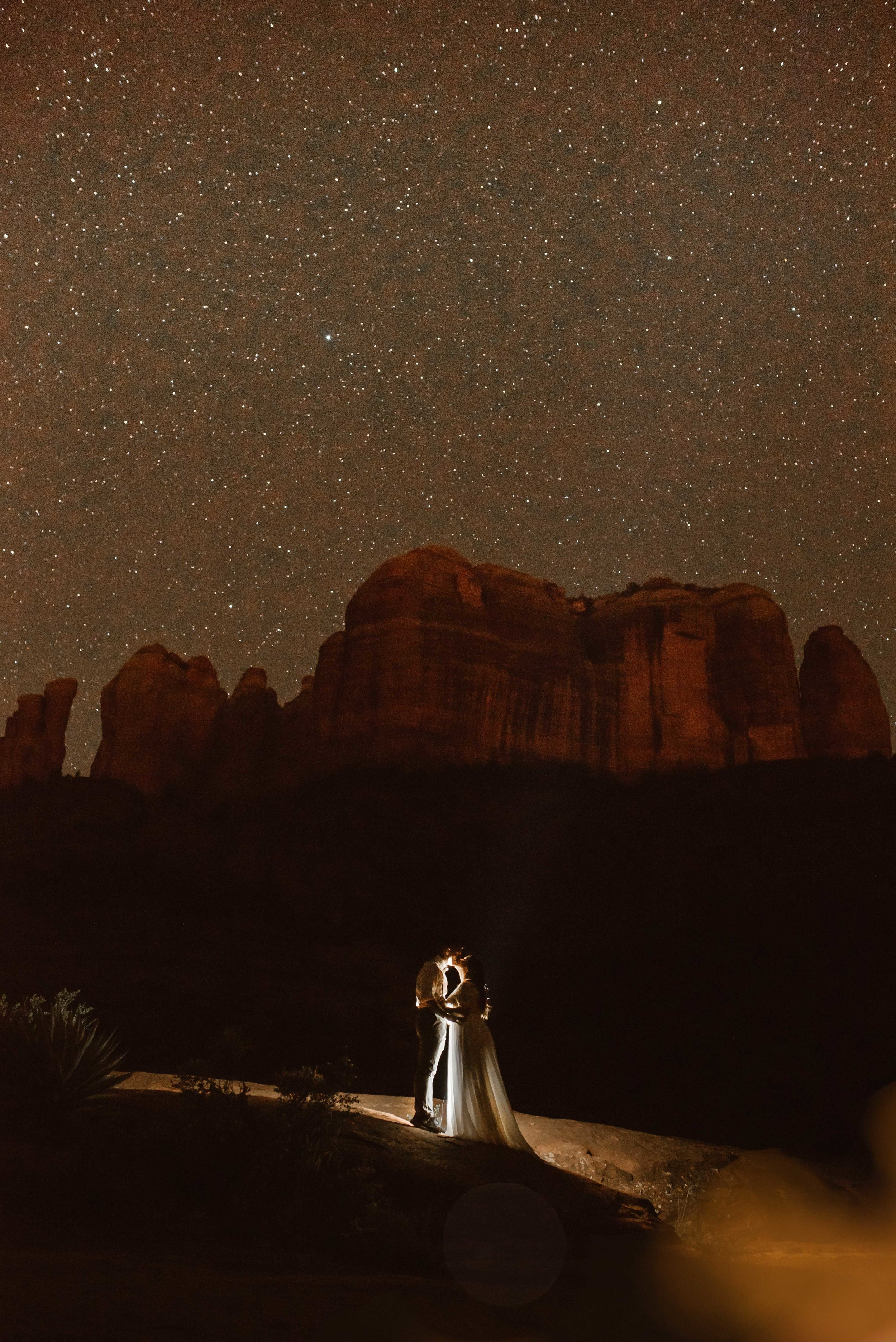 cathedral-rock-milky-way-elopement