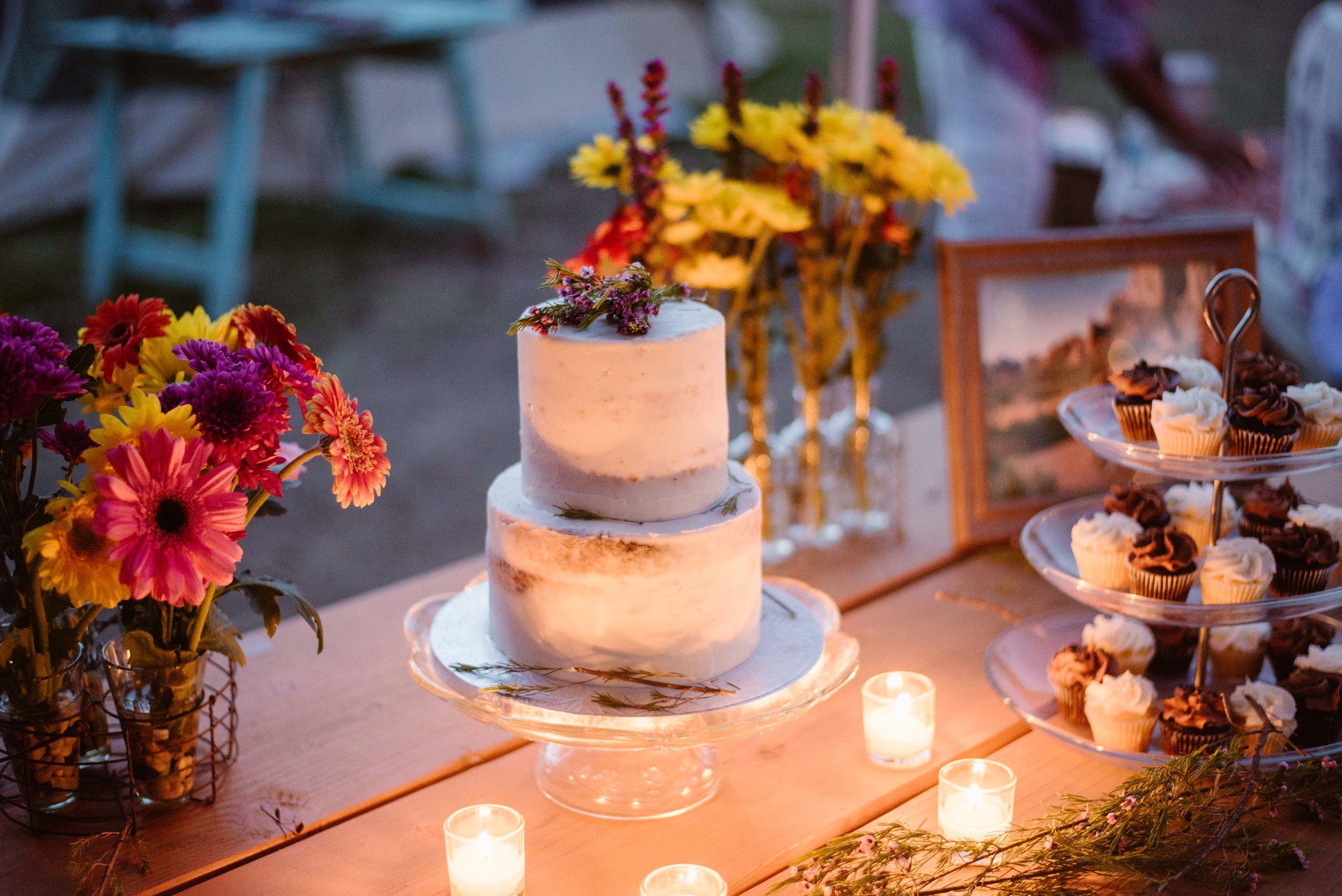 Elopement-wedding-cake