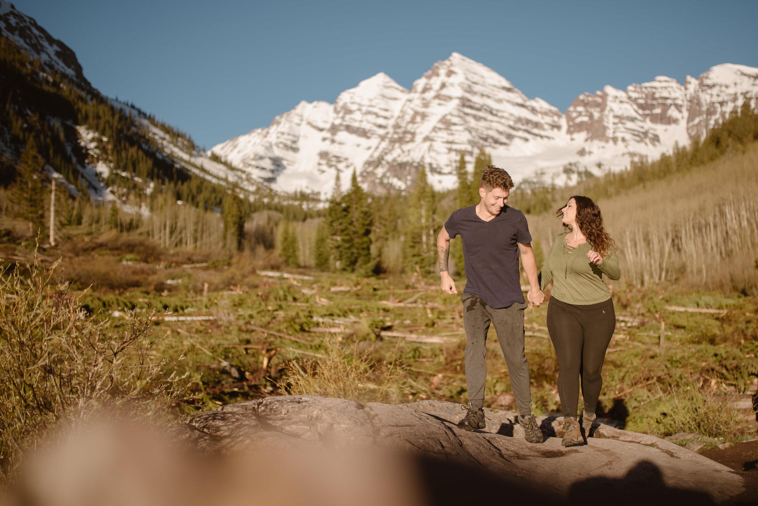 hiking-honey-moon-photoshoot