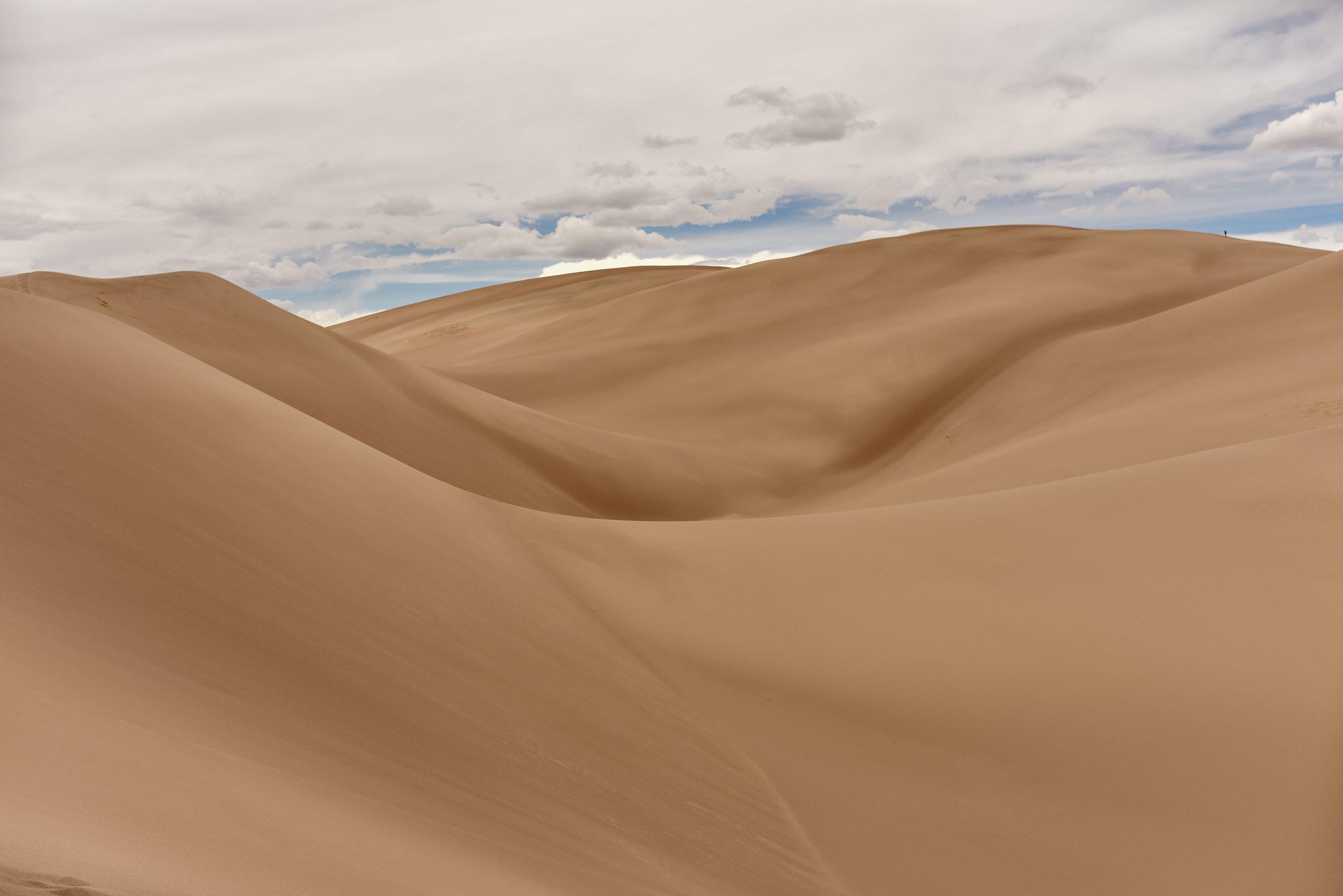 van-life-sand-dunes