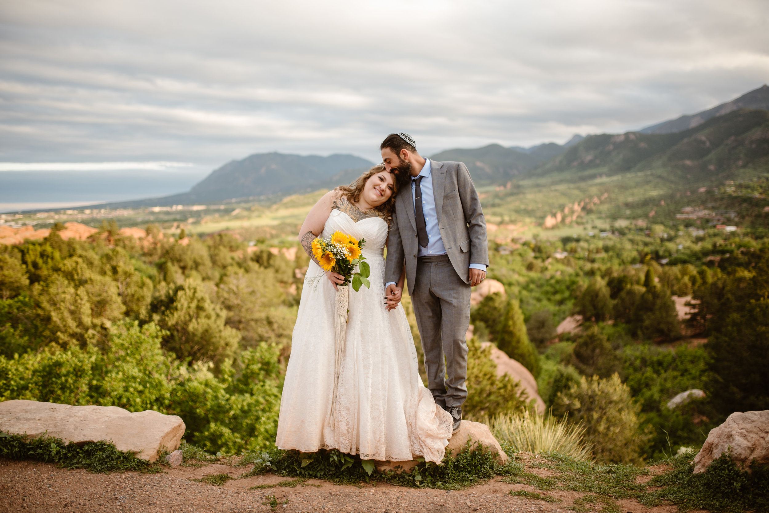 how-to-elope-at-the-garden-of-gods