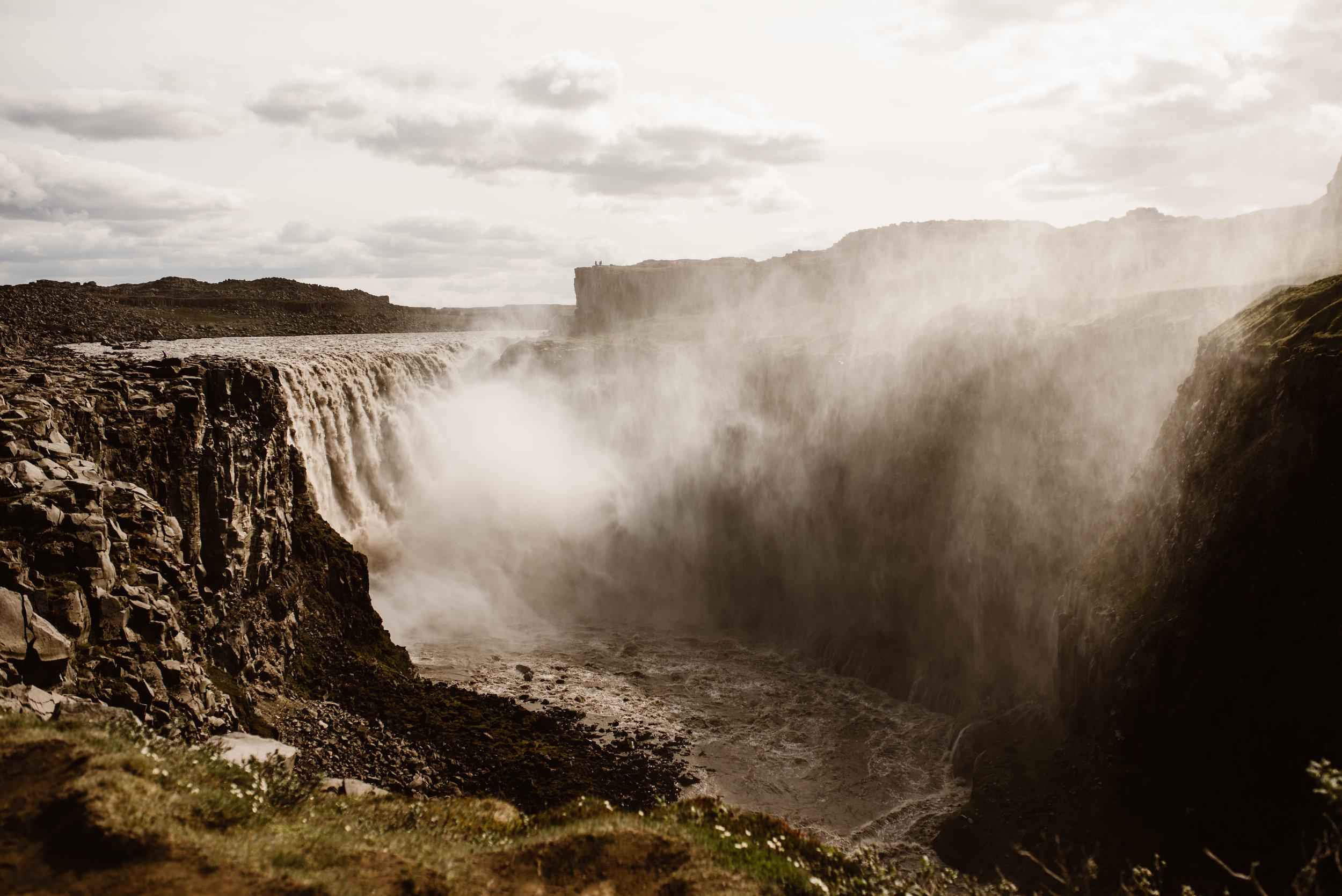Gettifoss-Elopement-Location-Iceland