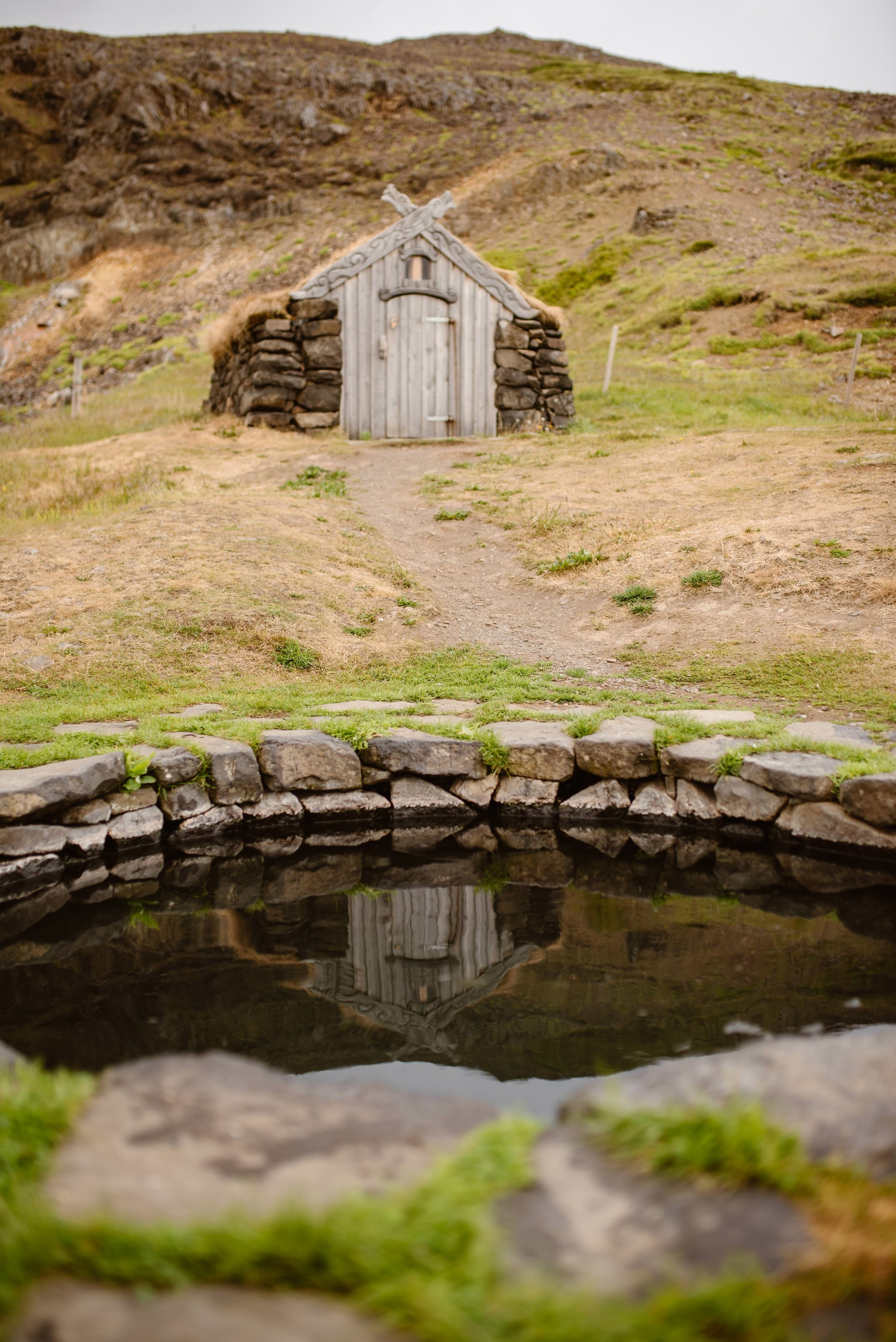 secret-hot-spring-iceland